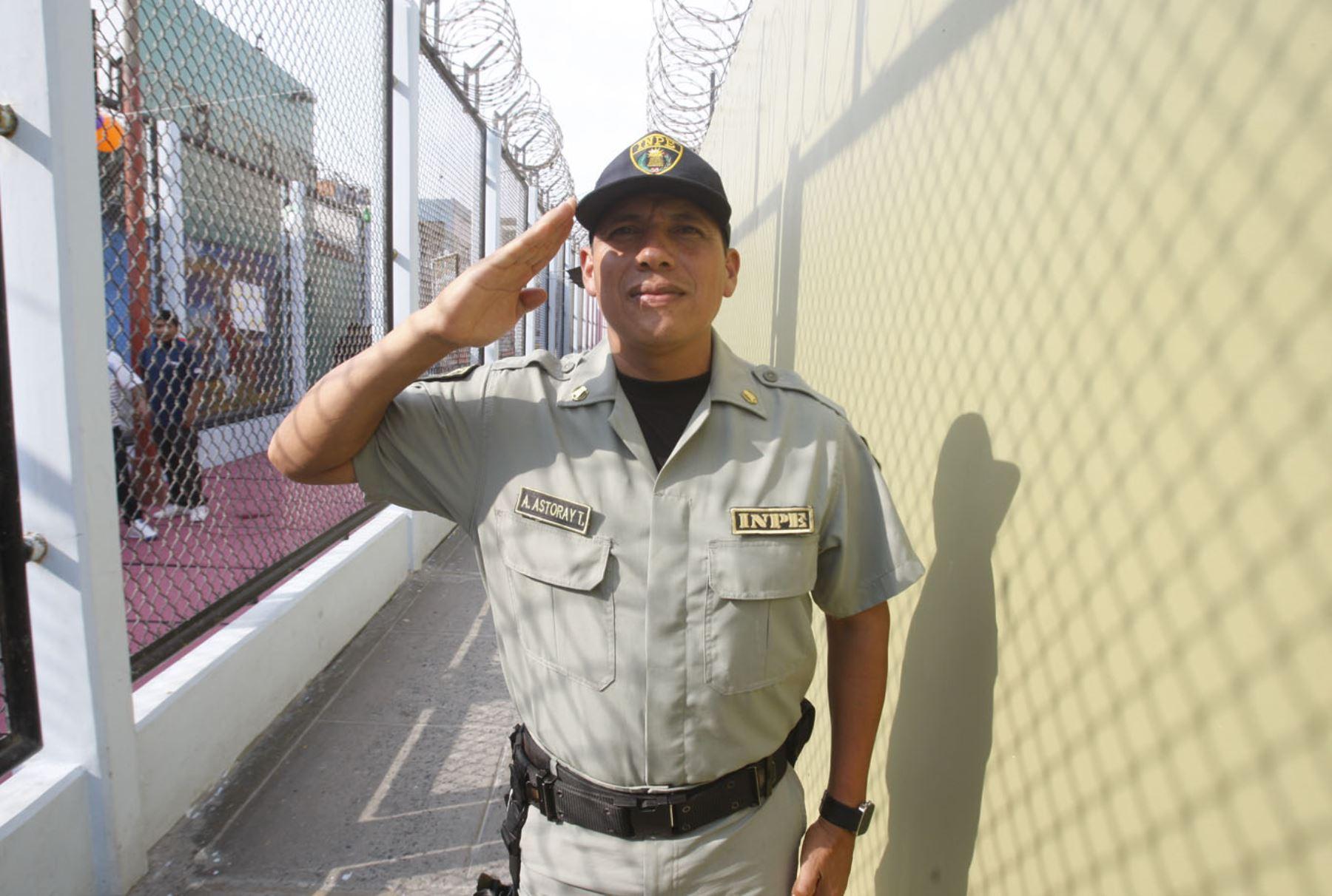 Alcaide de penal del Callao (antes Sarita Colonia) tiene 18 años de labor en el INPE. ANDINA/Eddy Ramos