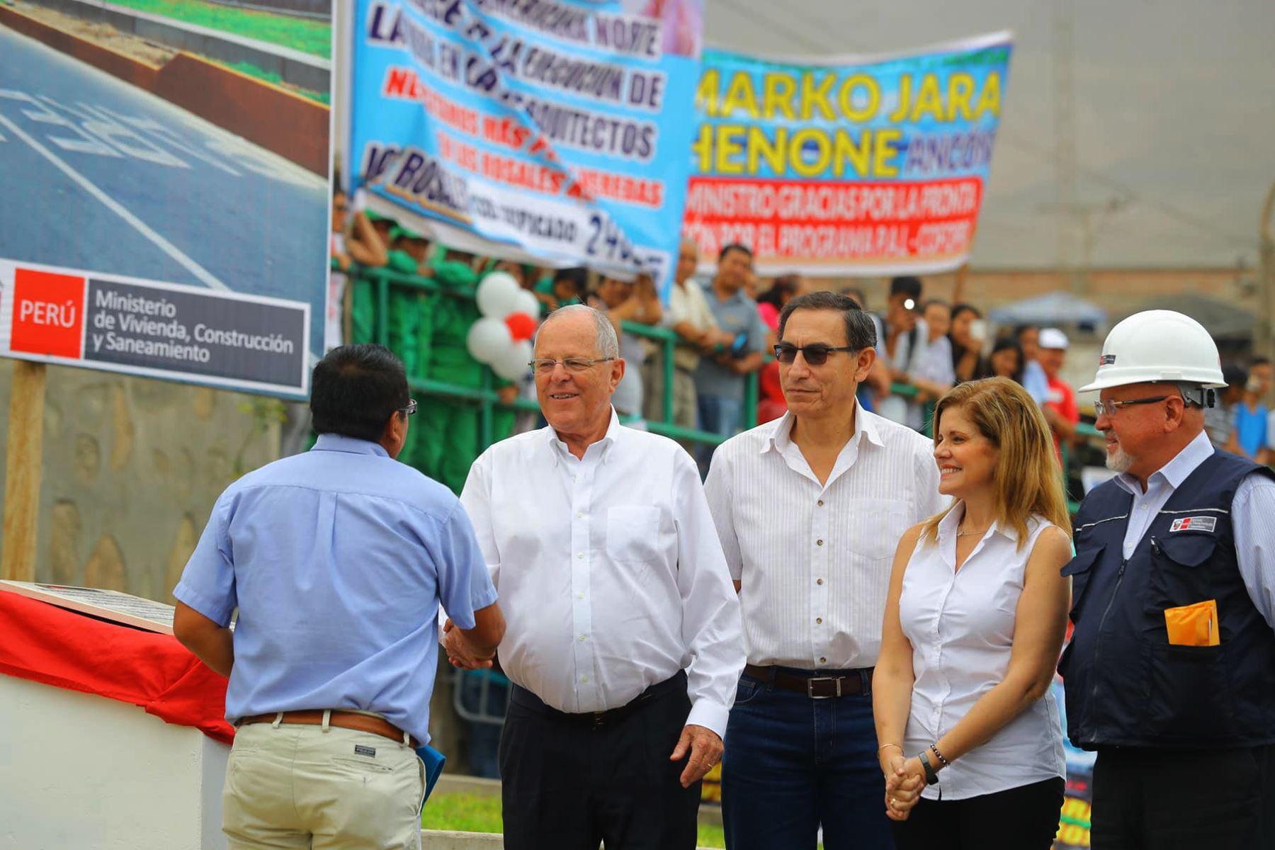 LIMA-PERÚ-FEBRERO-13. Presidente Pedro Pablo Kuczynski inaugura obras de pistas y veredas en el distrito de Ancón. Foto: ANDINA/Prensa Presidencia