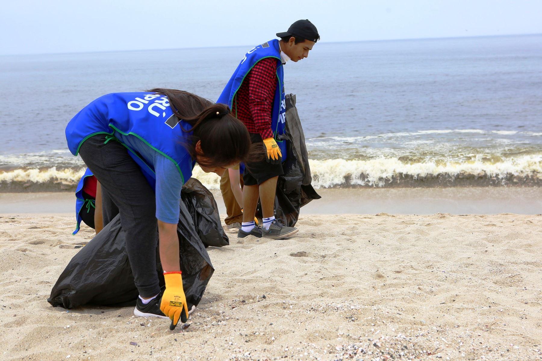 Lambayeque erradica 172 toneladas de residuos sólidos de playas. ANDINA
