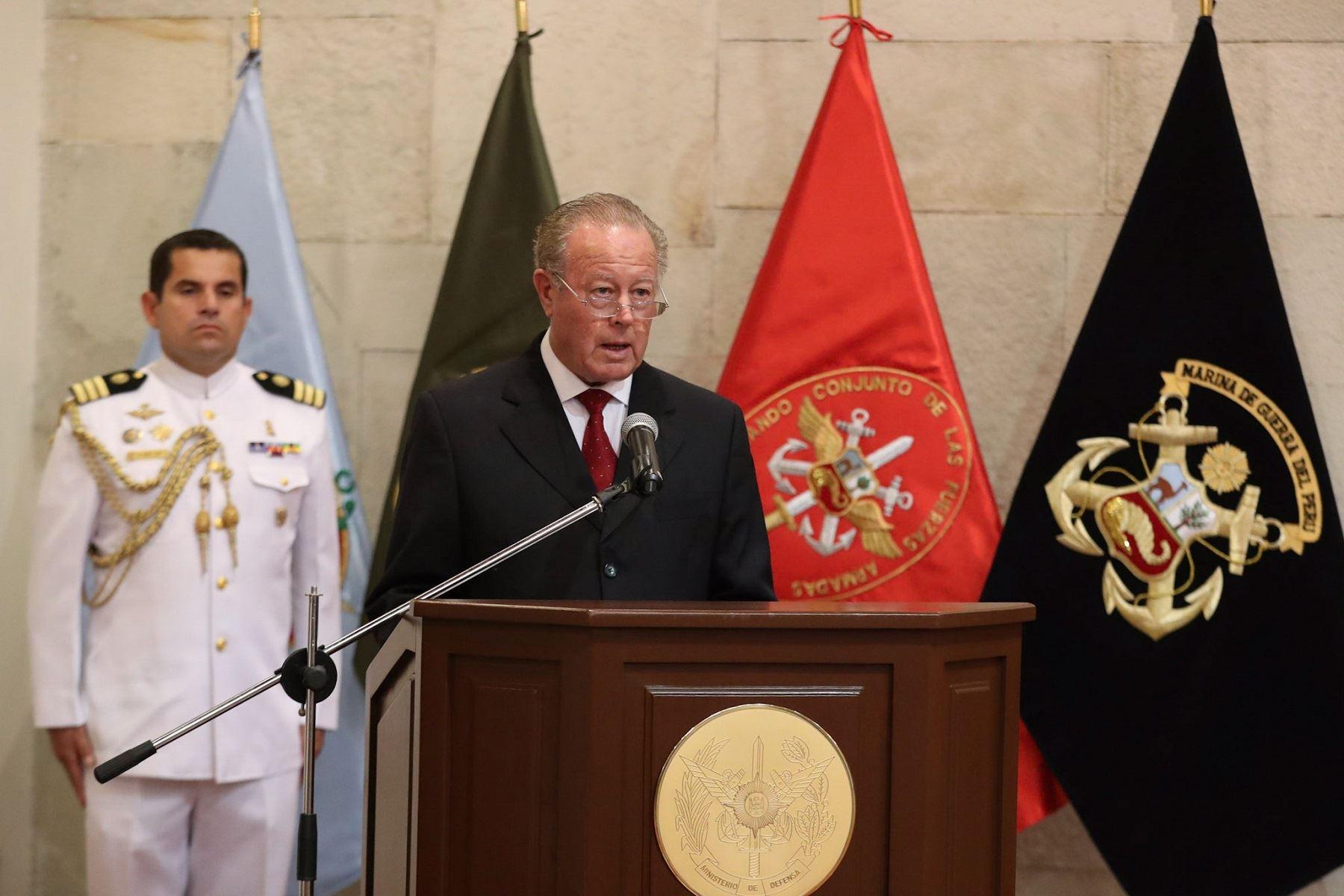 Ministro de Defensa, Jorge Kisic.
