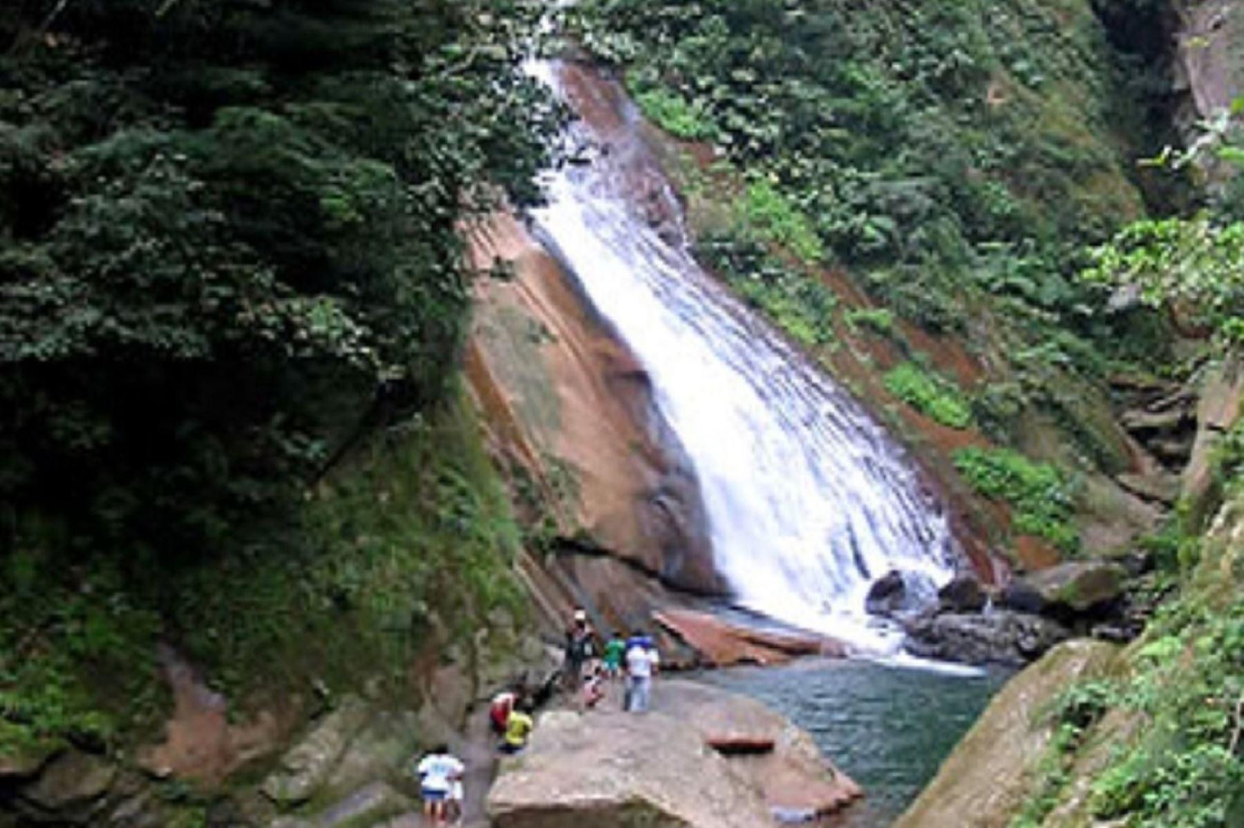 Velo de la Novia, uno de los atractivos turísticos de la región Ucayali.