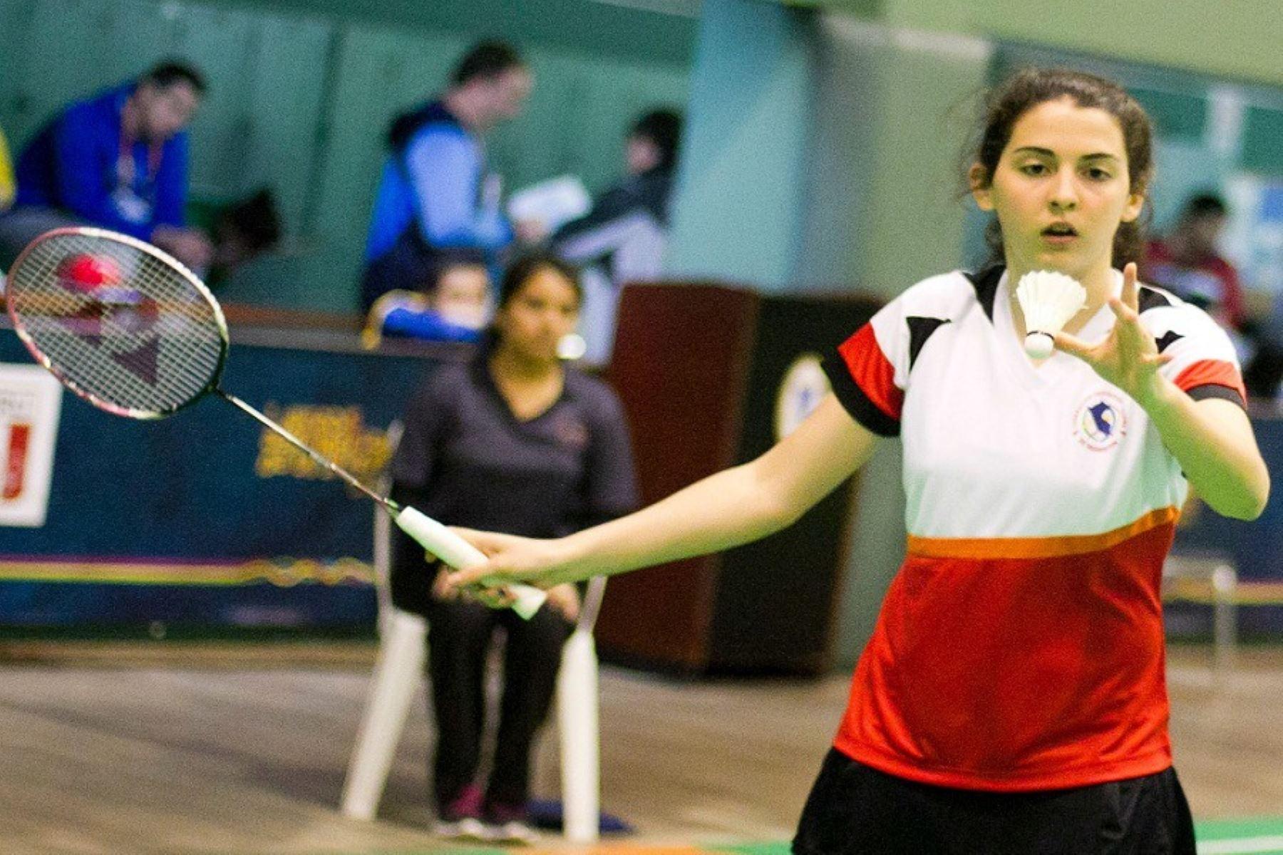 Daniela Macias es una de las mejores exponentes  del deporte de la plumilla