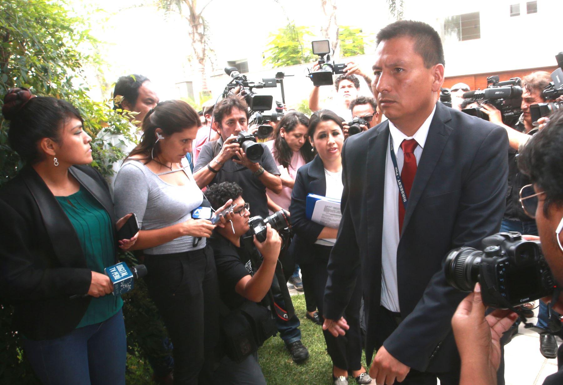 Fiscalía allana casa de Jaime Yoshiyama. Foto: ANDINA/Jhony Laurente
