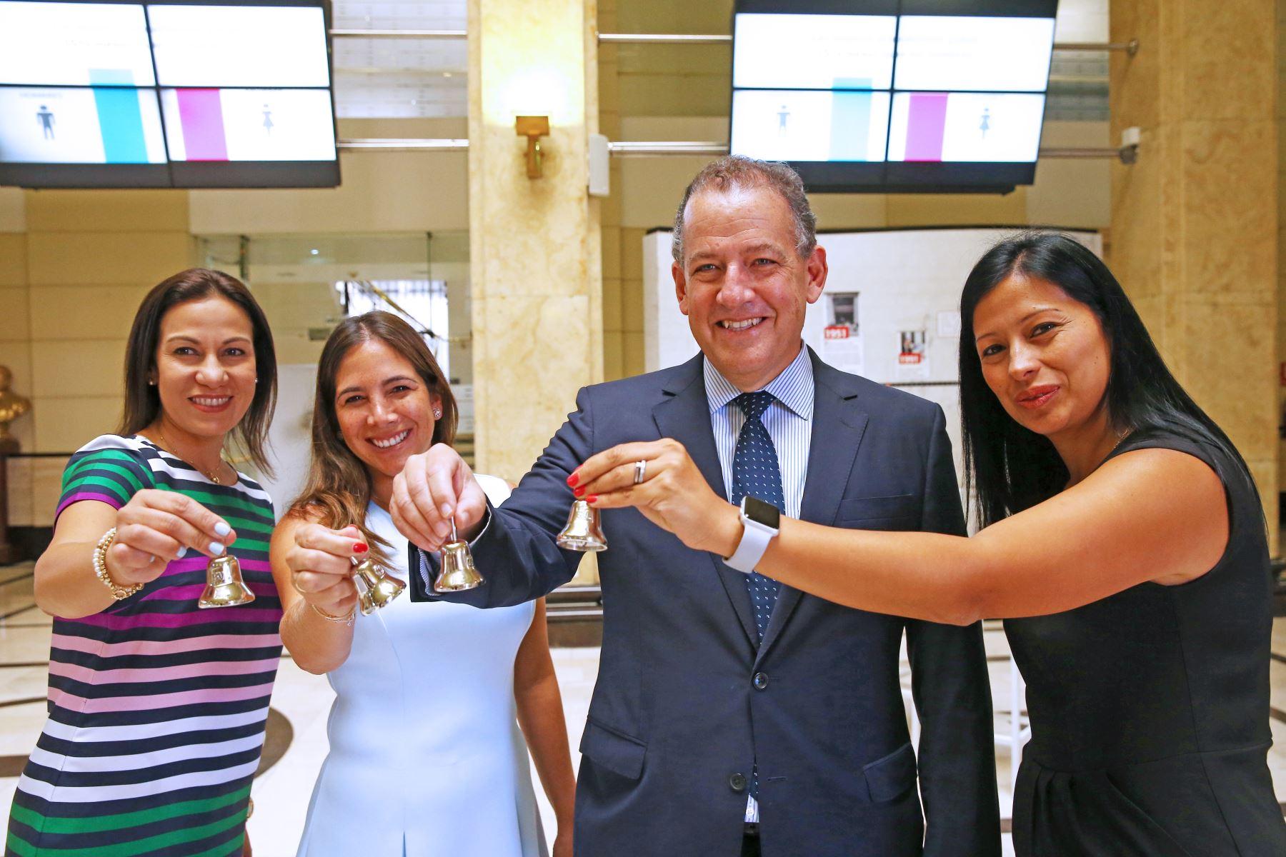 La Bolsa de Valores realiza el evento Ring the Bell for Gender Equiality, donde participan mujeres ejecutivas peruanas.  Foto: ANDINA/Melina Mejía