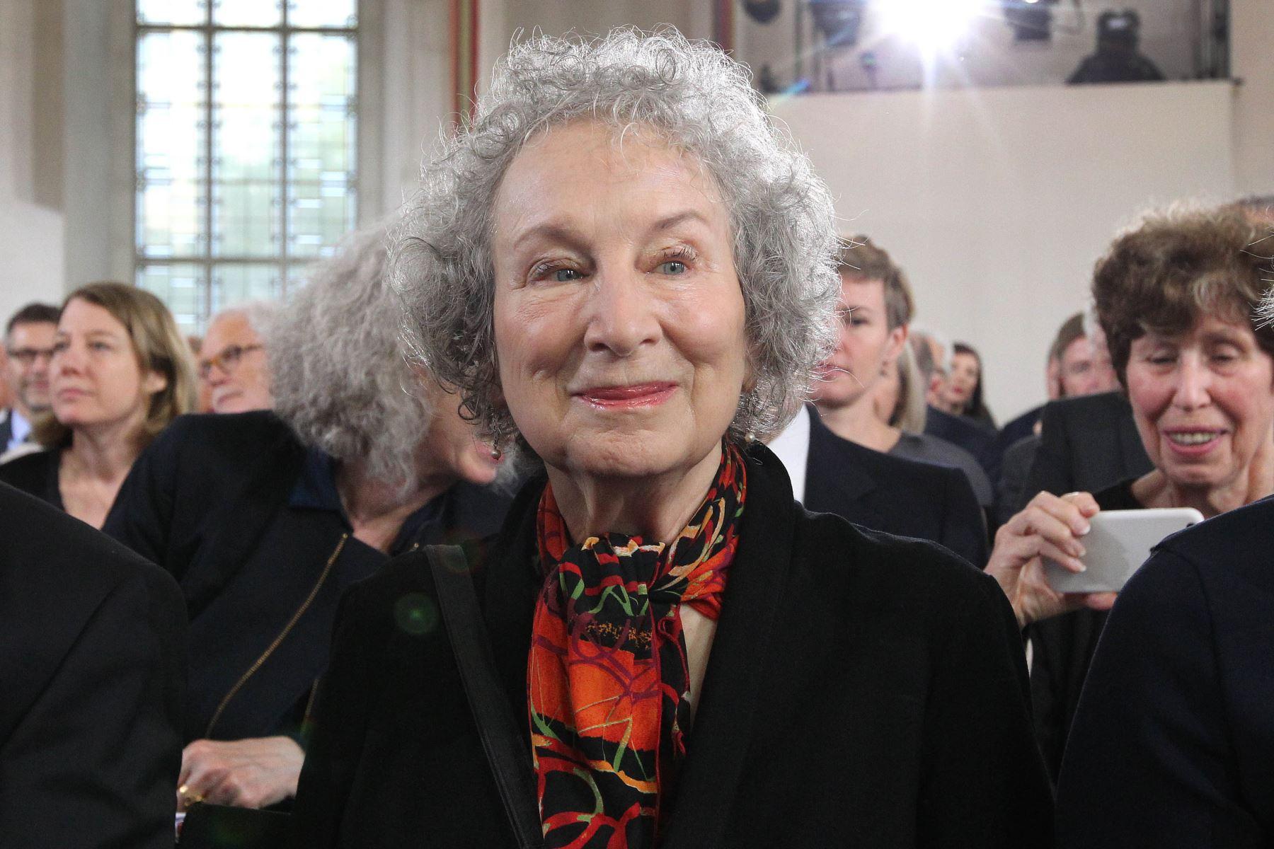 """Margaret Atwood (poetisa, novelista, crítica literaria, profesora y activista política). """"Los hombres tienen miedo de que las mujeres se rían de ellos. Las mujeres tienen miedo de que los hombres las asesinen"""". Foto: AFP"""