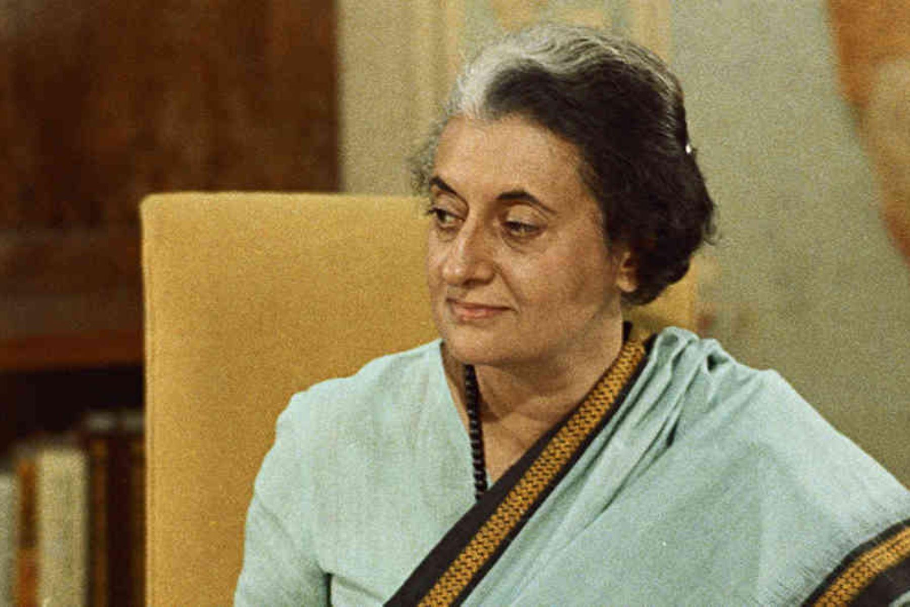 """Indira Ghandi (Activista). """"Para liberarse, la mujer debe sentirse libre, no para rivalizar con los hombres, sino libre en sus capacidades y en su personalidad"""". Foto: AFP"""