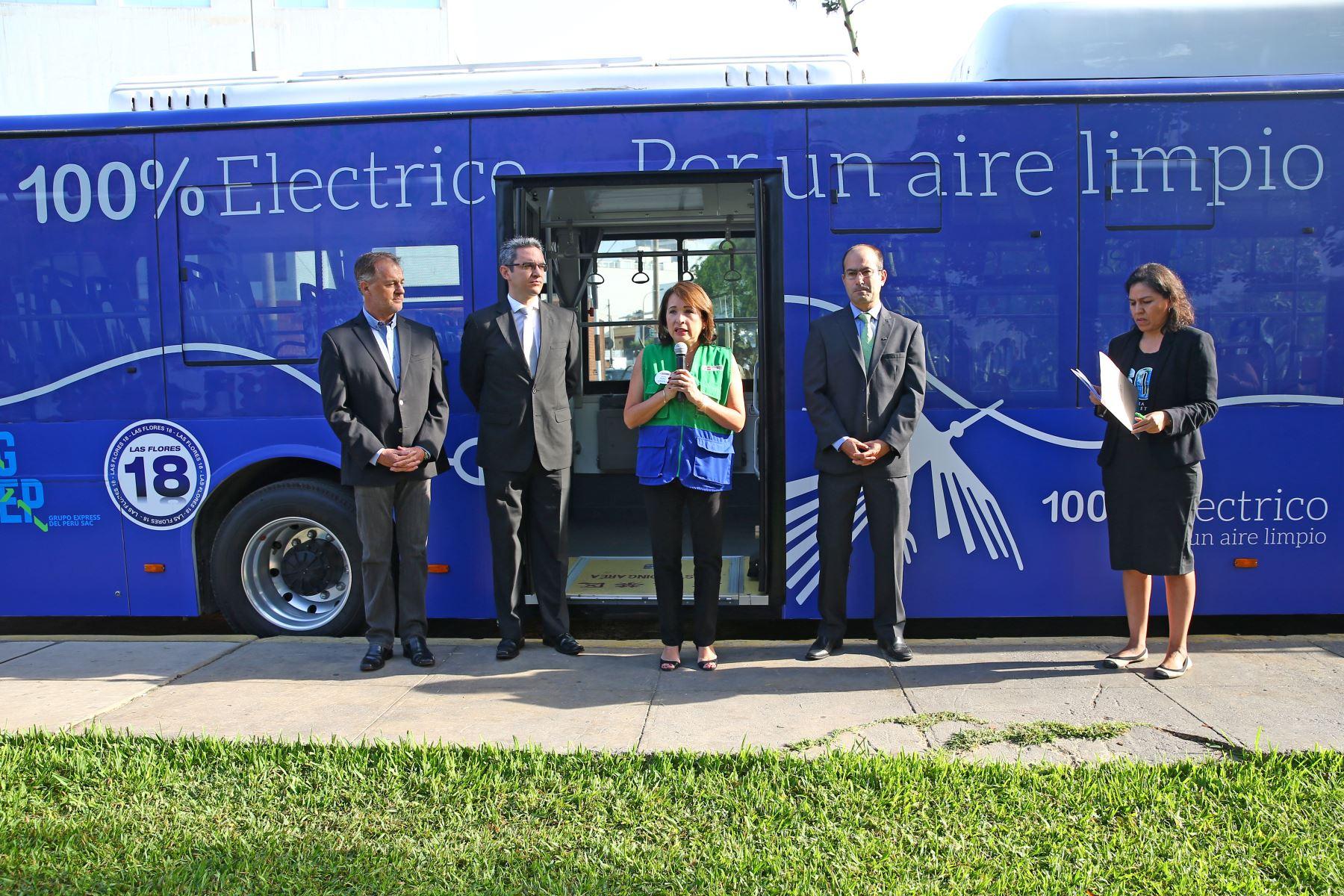 Presentación de primer bus eléctrico de transporte público. ANDINA/Melina Mejía