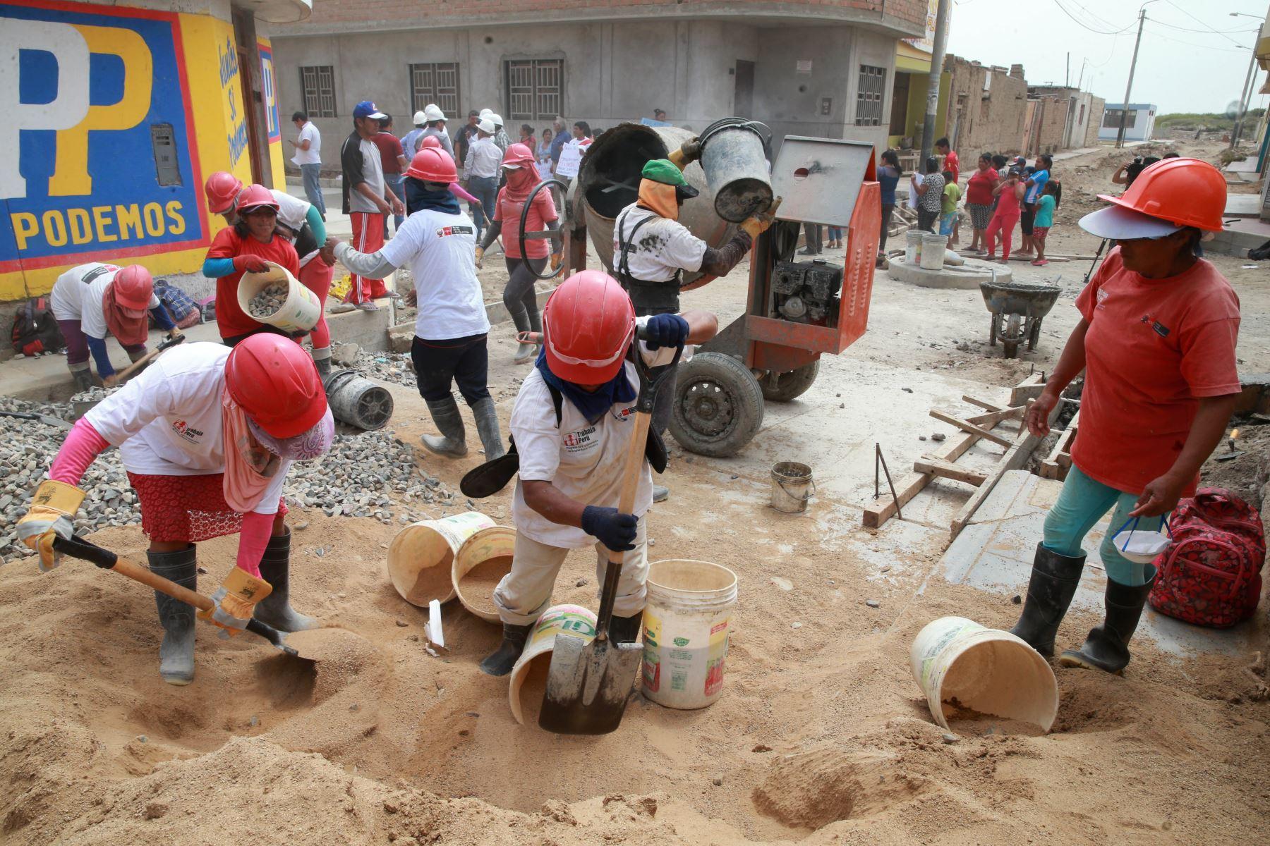 De los 287 millones de soles, 214 millones son transferencias y 73 millones son recursos propios, informó la Autoridad para la Reconstrucción con Cambios (ARCC).ANDINA/Vidal Tarqui