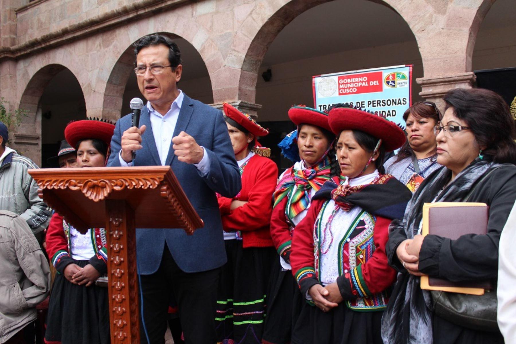 Alcalde Carlos Moscoso propone enseñar la historia de Cusco en colegios de la provincia. ANDINA/Percy Hurtado