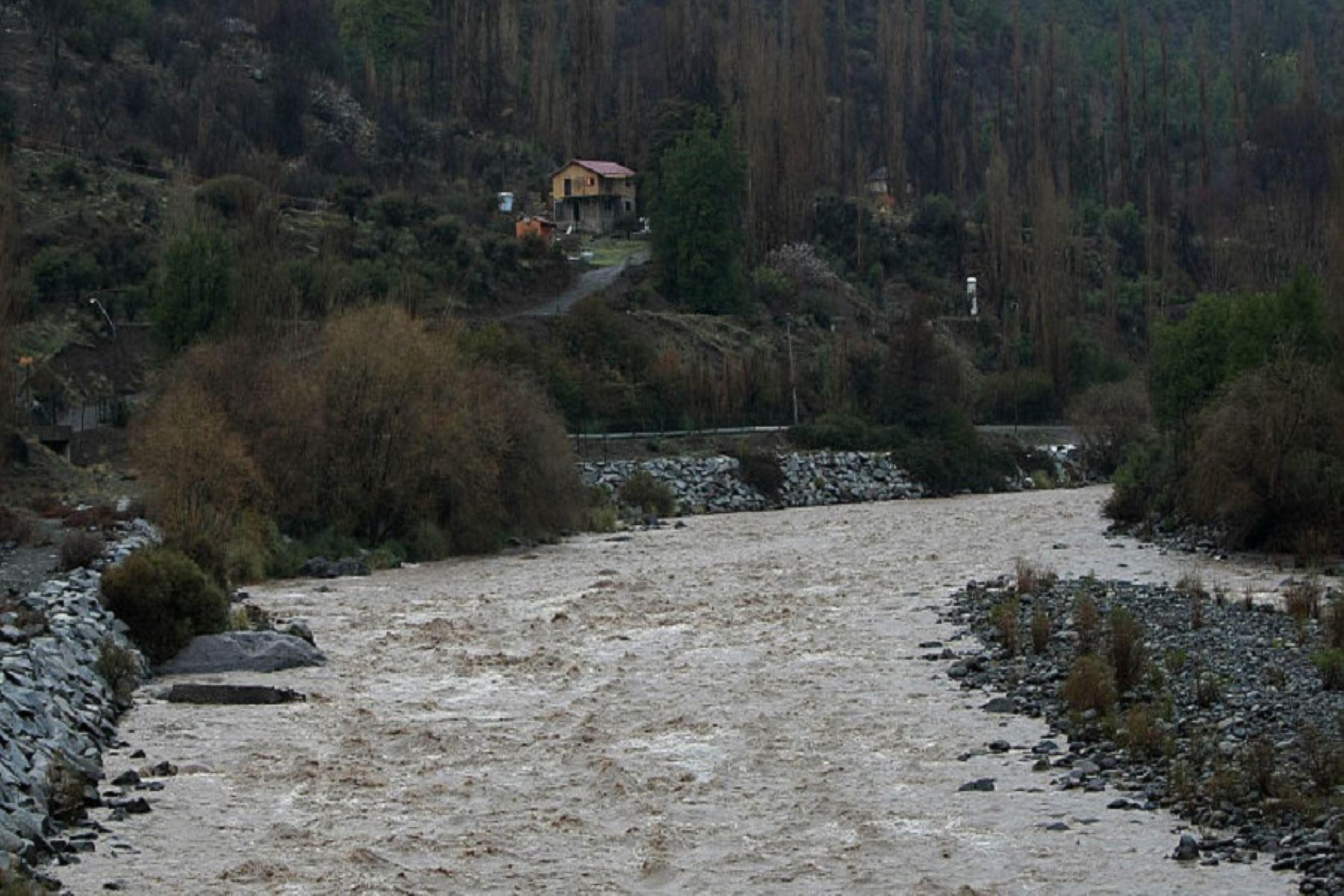 Río Mapacho podría ocasionar inundaciones de áreas agrícolas y centros poblados.
