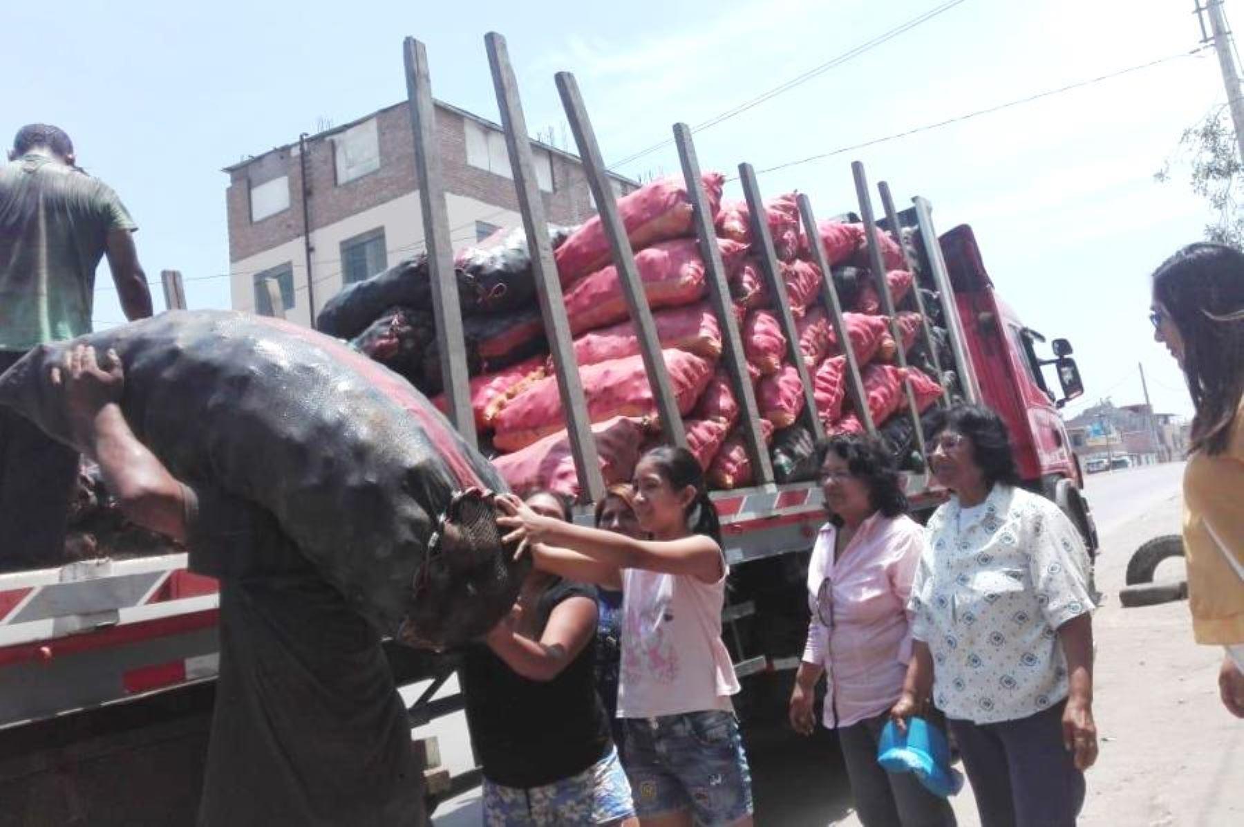 Minagri dona 150 toneladas de papa al Vaso de Leche en Lima y Callao. Foto: ANDINA/Difusión.