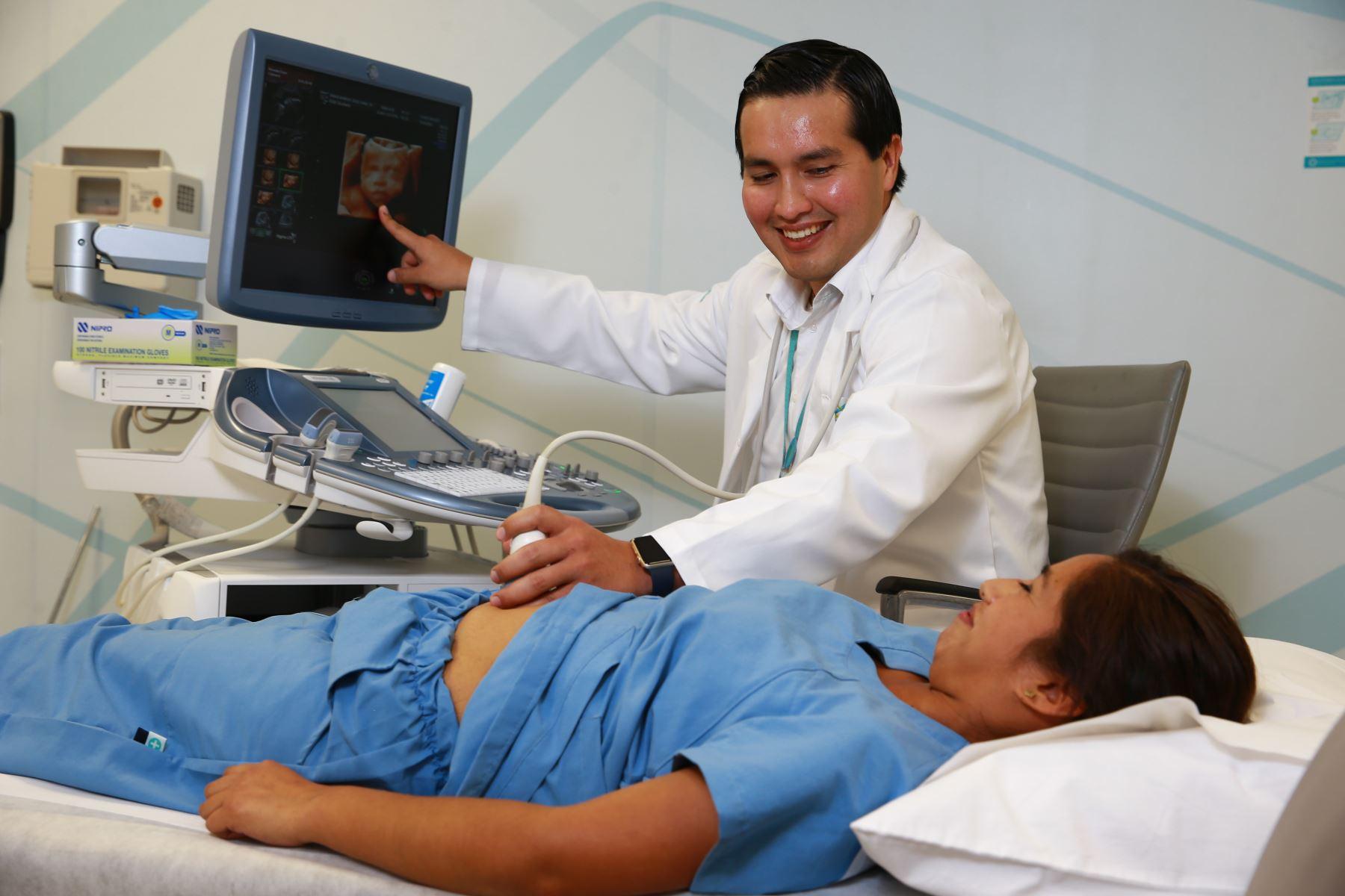 Más hospitales del Perú harán cirugía fetal: una esperanza para ...