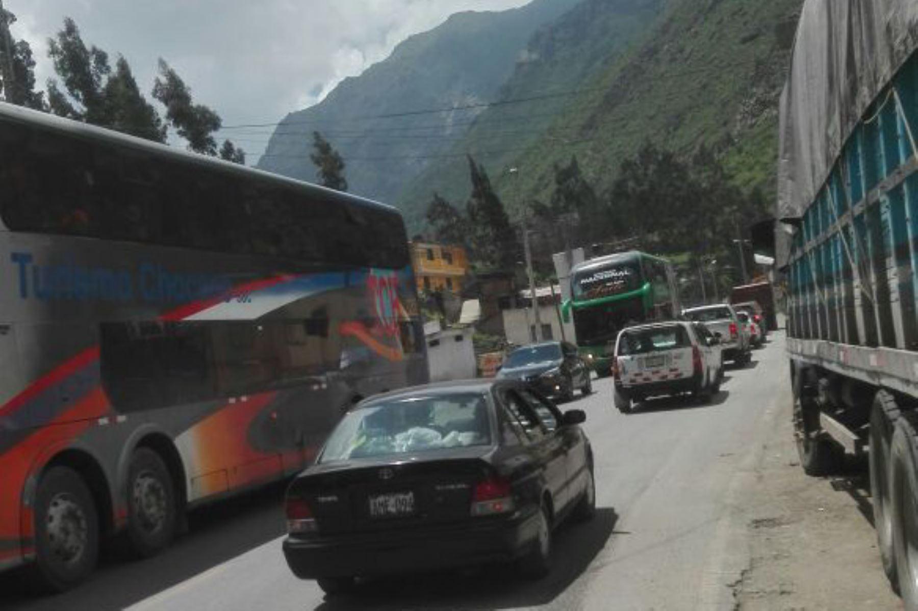 El MTC ejecuta obras en vías alternas para descongestionar tránsito en la carretera Central. ANDINA/Difusión