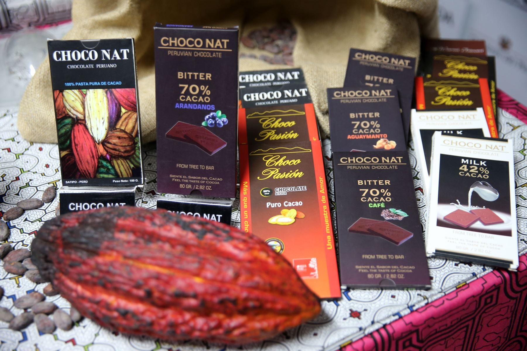 Devida impulsa la cadena productiva del cacao para combatir el terrorismo y el narcotráfico. ANDINA/Norman Córdova