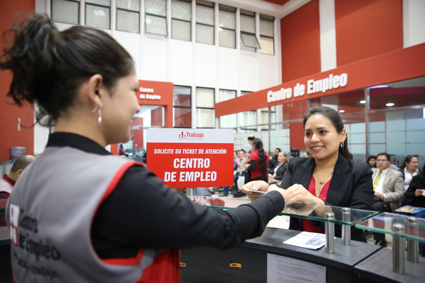 Crecen anuncios de empleo en el país. Cortesía