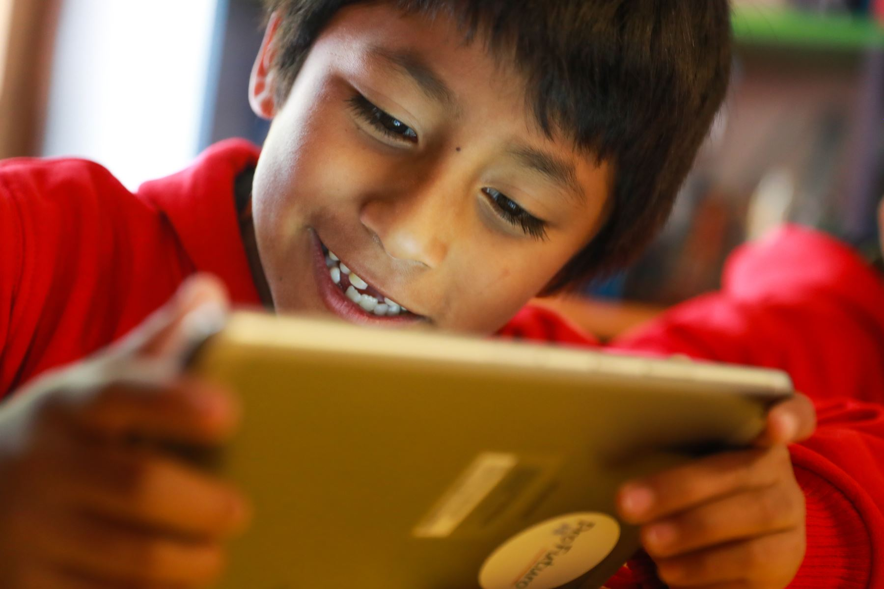 Proyecto de educación digital en Cusco. Foto: ANDINA/ Carlos Lezama