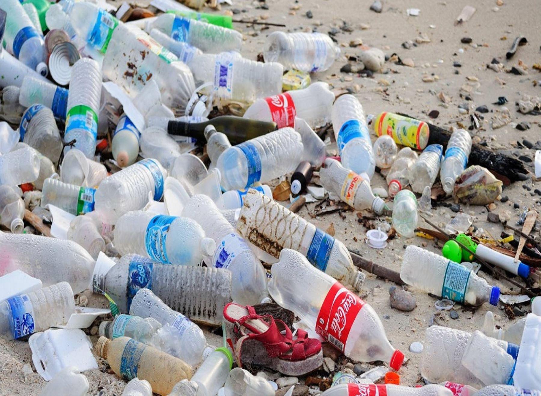 Botellas y otros envases de plástico ya no podrán entrar a las áreas naturales protegidas. Cortesía