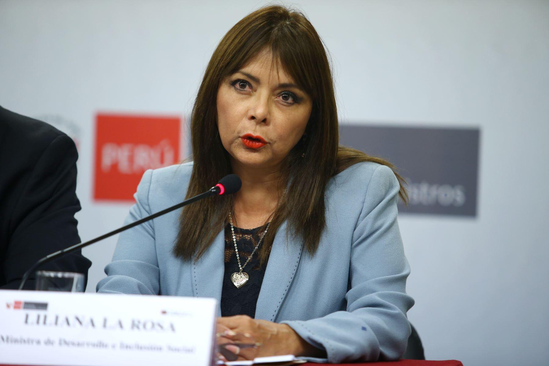 Ministra de Desarrollo e Inclusión Social, Liliana La Rosa, en conferencia de prensa tras reunión del Consejo de Ministros. Foto: ANDINA/Melina Mejía.