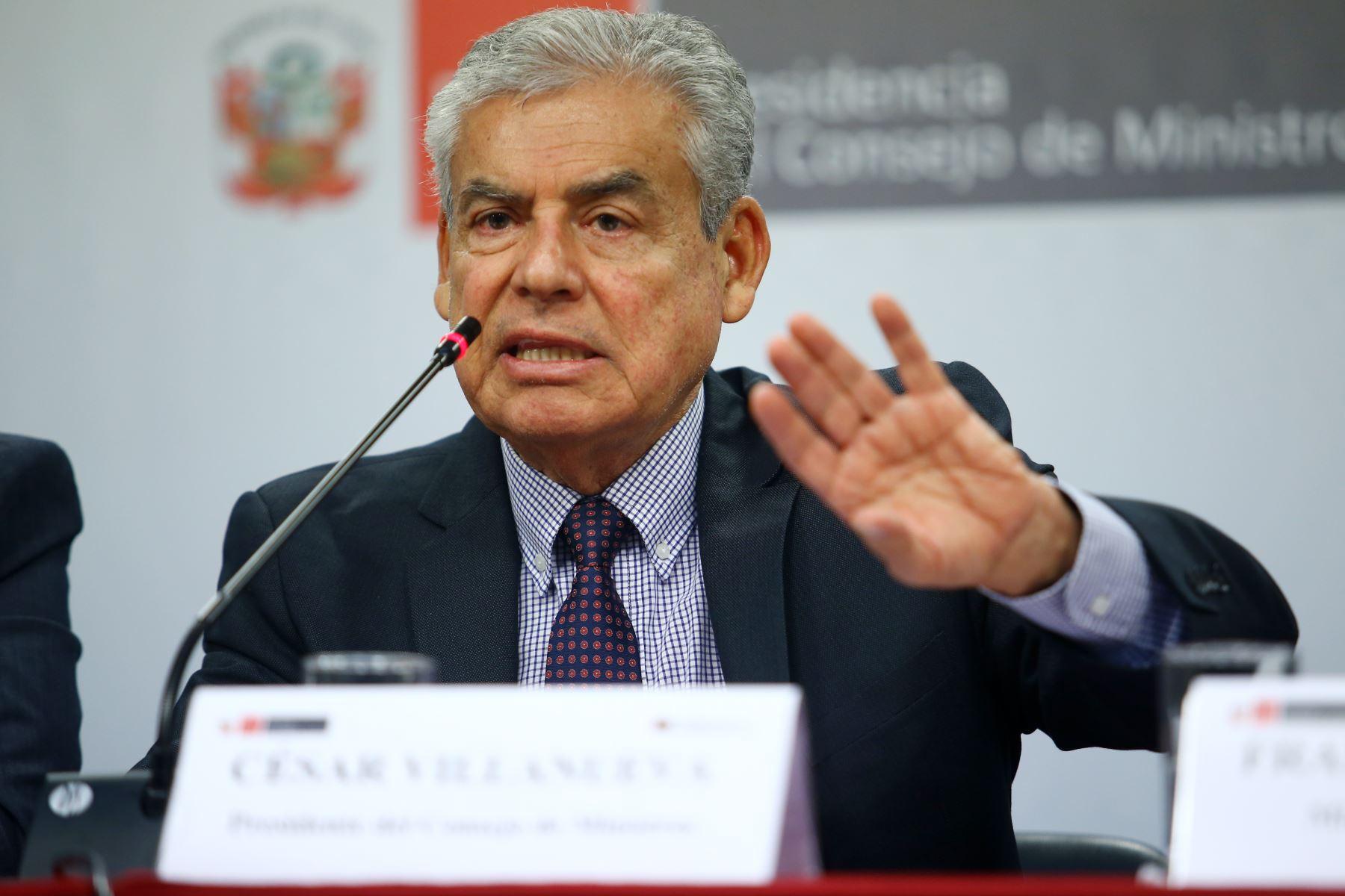 Jefe del Gabinete, César Villanueva, en conferencia de prensa tras reunión del Consejo de Ministros. Foto: ANDINA/Melina Mejía.