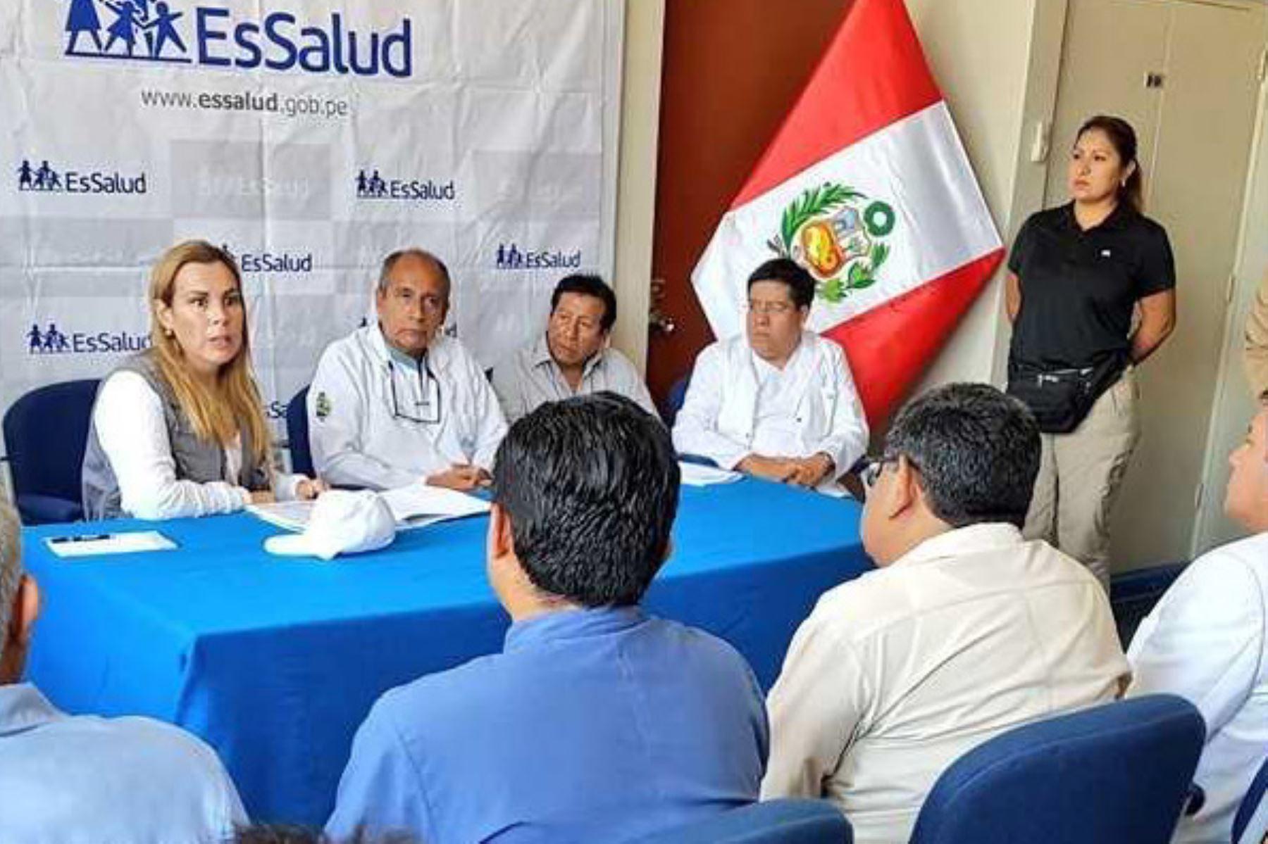 La presidenta ejecutiva de EsSalud, Fiorella Molinelli, anunció en Piura que en un plazo de tres años tendrá listo el moderno Hospital de Alta Complejidad, que atenderá a la población de dicha región.