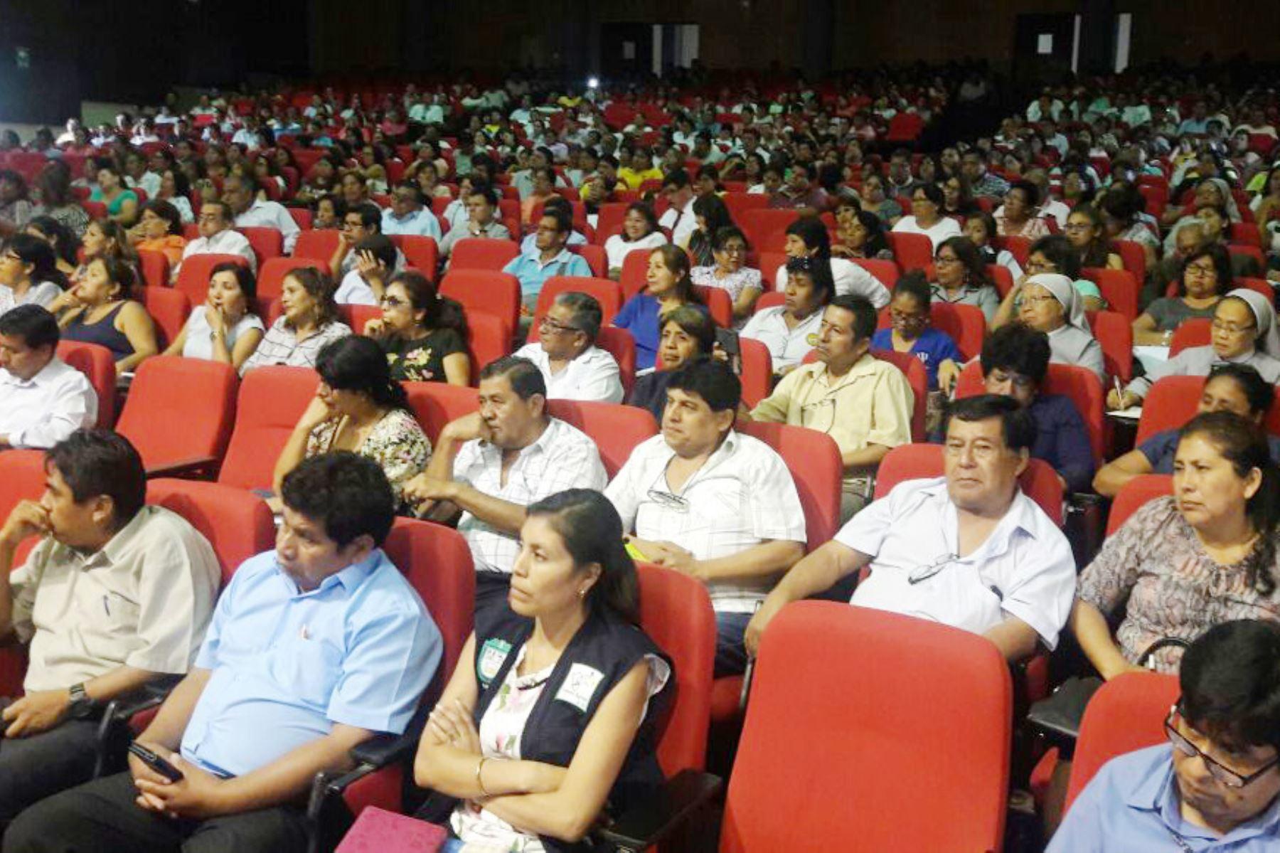 Ministerio de Educación capacitana directores y docentes de Ica para prevenir violencia contra escolares. ANDINA/Difusión