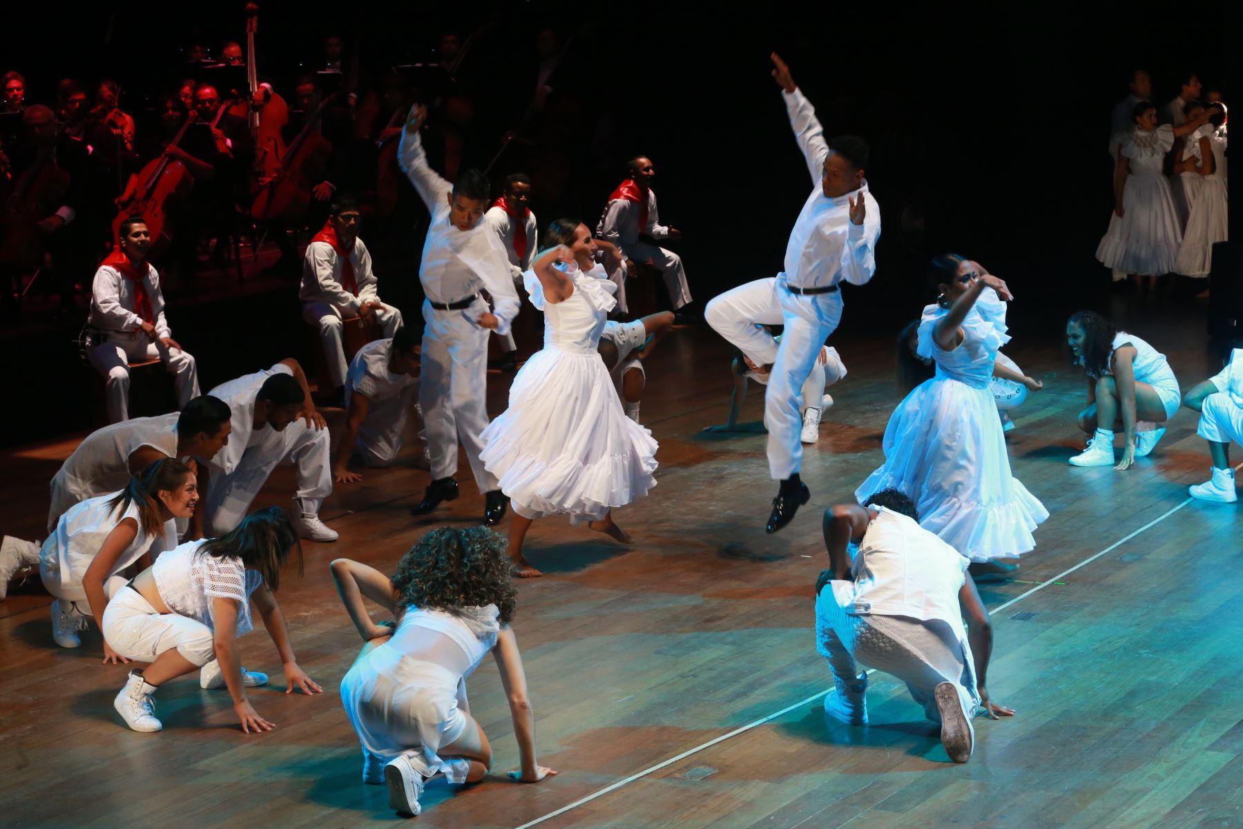 Ceremonia de inauguración de la VIII Cumbre de Las Américas en el Gran Teatro Nacional. Foto: ANDINA/Norman Córdova