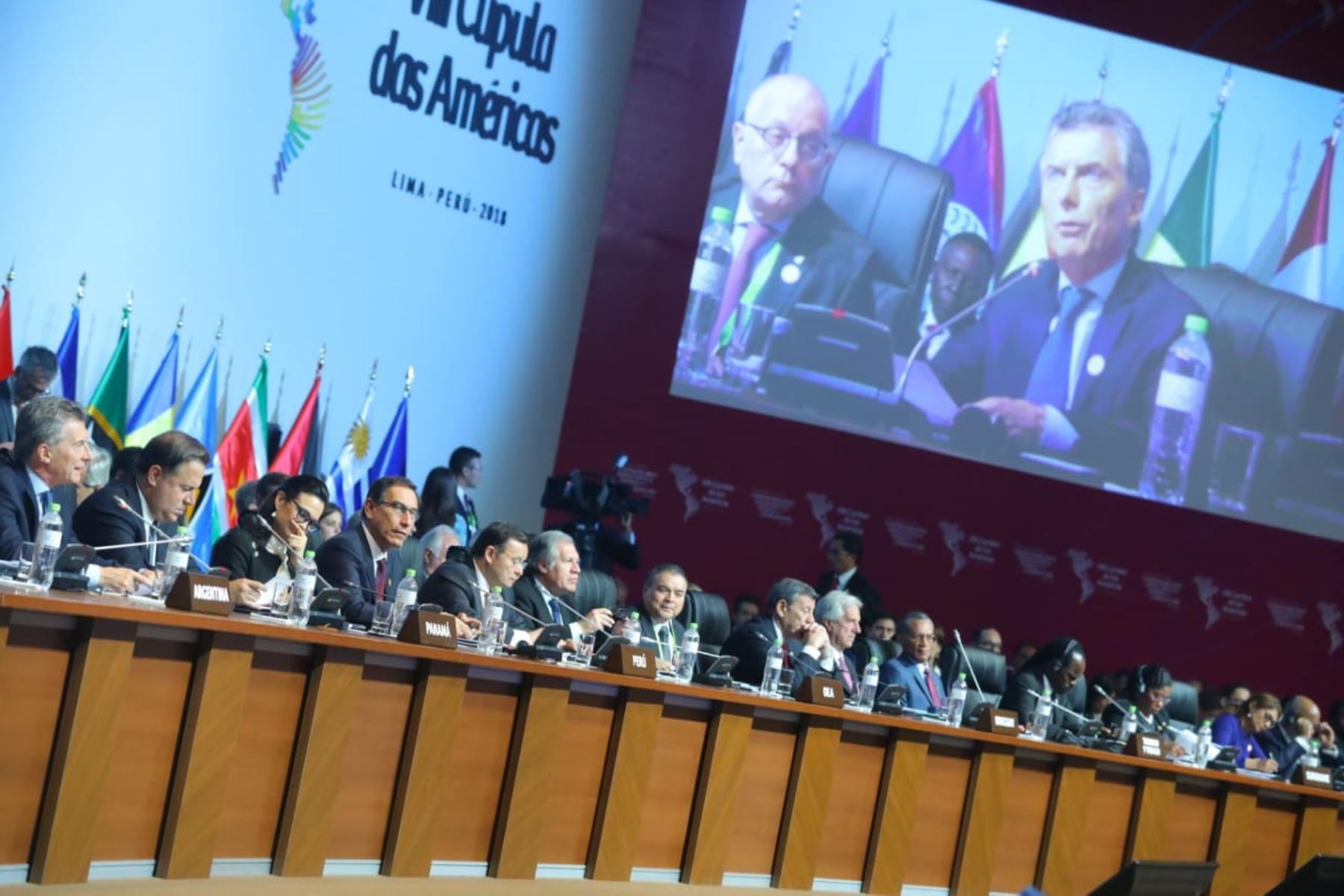 Presidente de Argentina, Mauricio Macri participa en sesión plenaria de la VIII Cumbre de las Américas en Lima. Foto: ANDINA/Prensa Presidencia