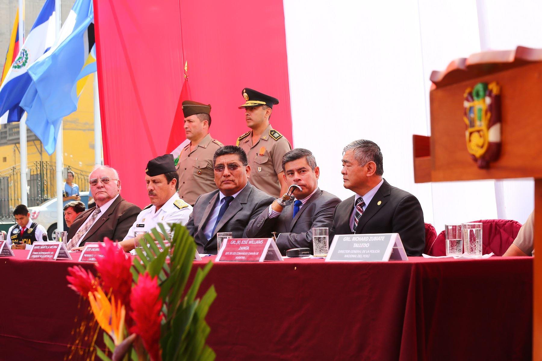 Congreso realizó homenaje a héroes de operación Chavín de Huántar. Foto. Congreso.