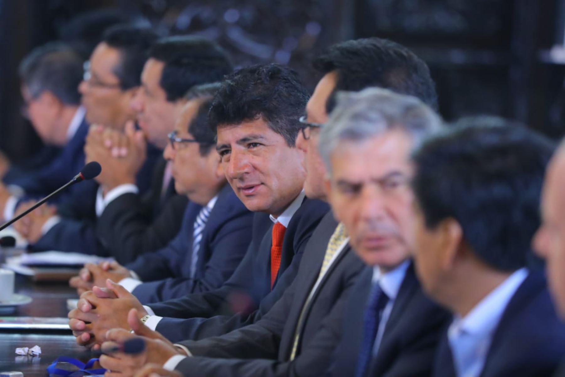 Reunión extraordinaria del Gore-Ejecutivo, espacio de articulación entre autoridades del Poder Ejecutivo y los gobernadores regionales. Foto: ANDINA/Prensa Presidencia.