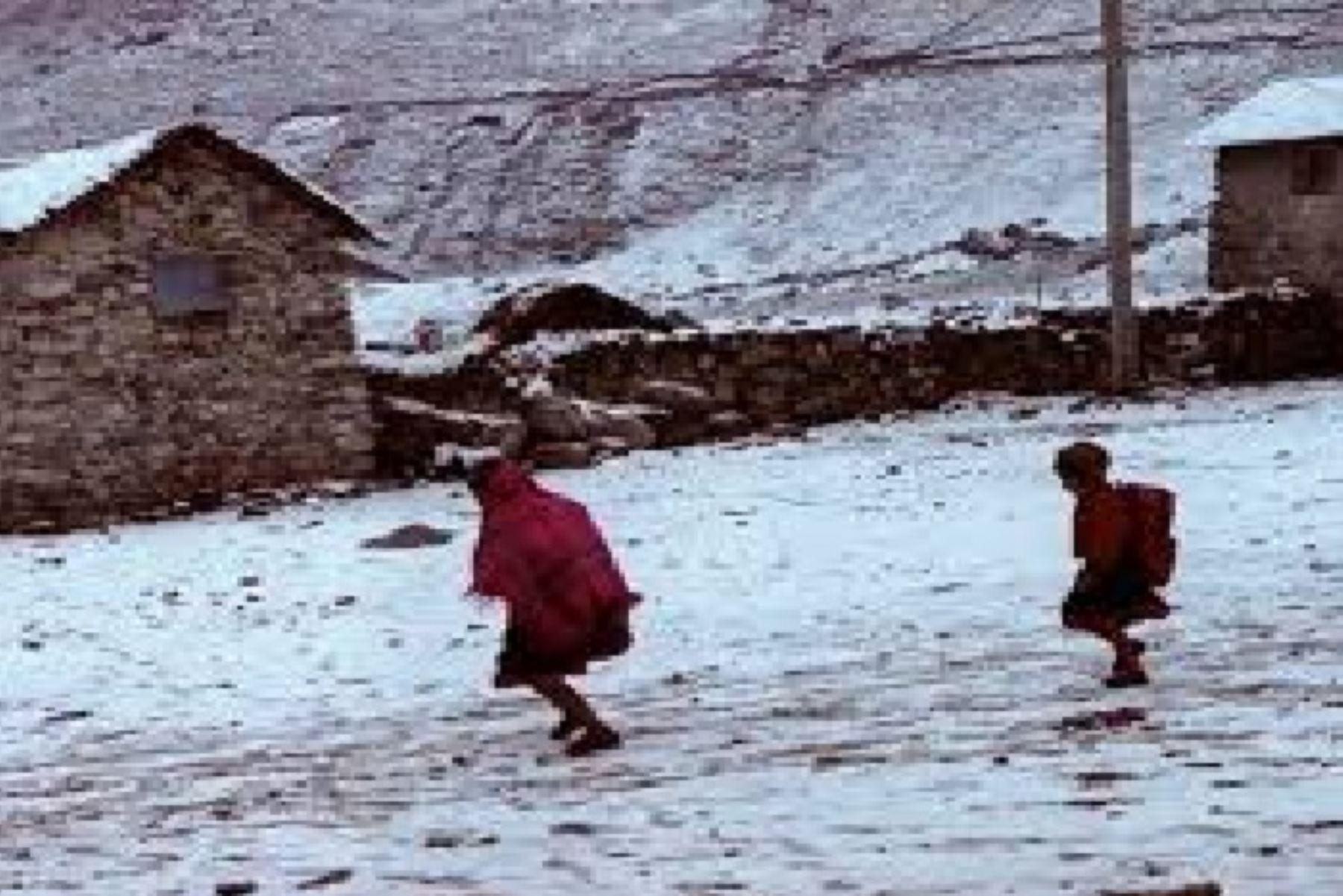 Un total de 48 distritos de las zonas altas de  la región Arequipa serán atendidos antes las bajas temperaturas. Foto: ANDINA/Difusión