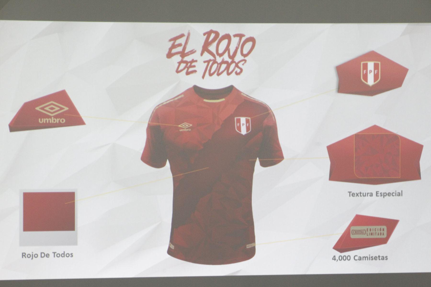 Selección peruana  mira la tercera camiseta que usará en el Mundial ... 7d2951038083f