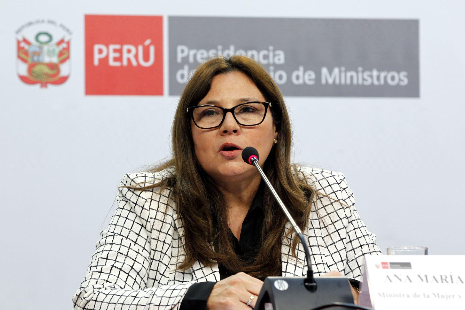 Entrevista a la ministra de la Mujer y Poblaciones Vulnerables, Ana María Mendieta. Foto: ANDINA.