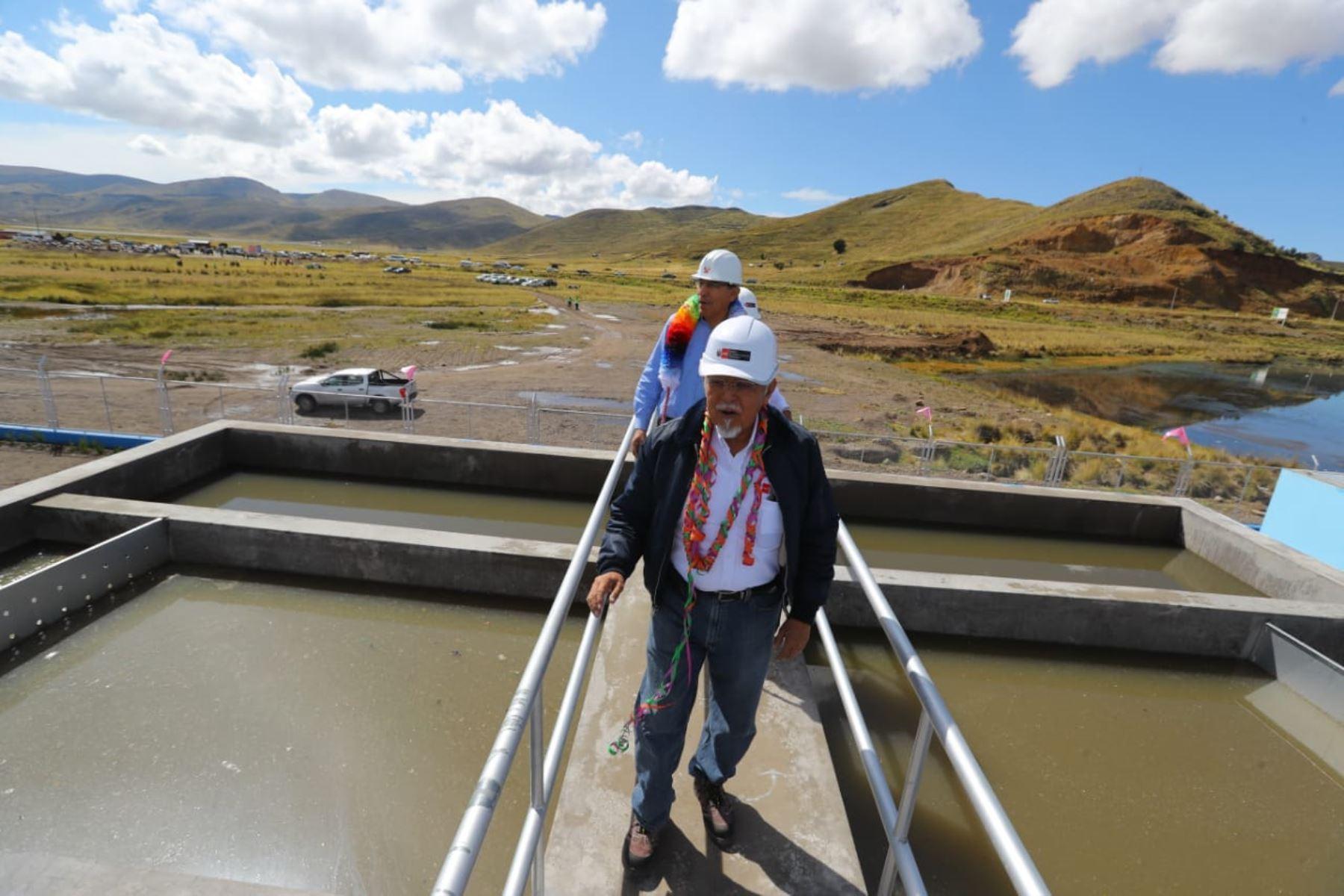 Presidente Martín Vizcarra visita la planta de tratamiento de aguas residuales en la localidad de Lampa, Puno. Foto: ANDINA/Prensa Presidencia