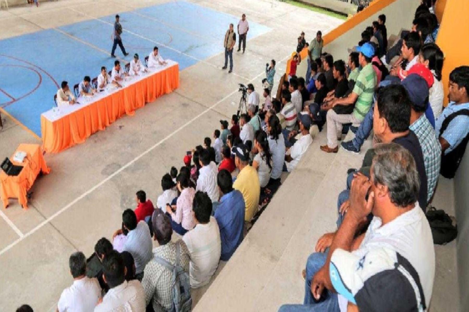 Ministro de Agricultura, Gustavo  Mostajo, cumple recargada agenda en San Martín, con productores de maíz y arroz.