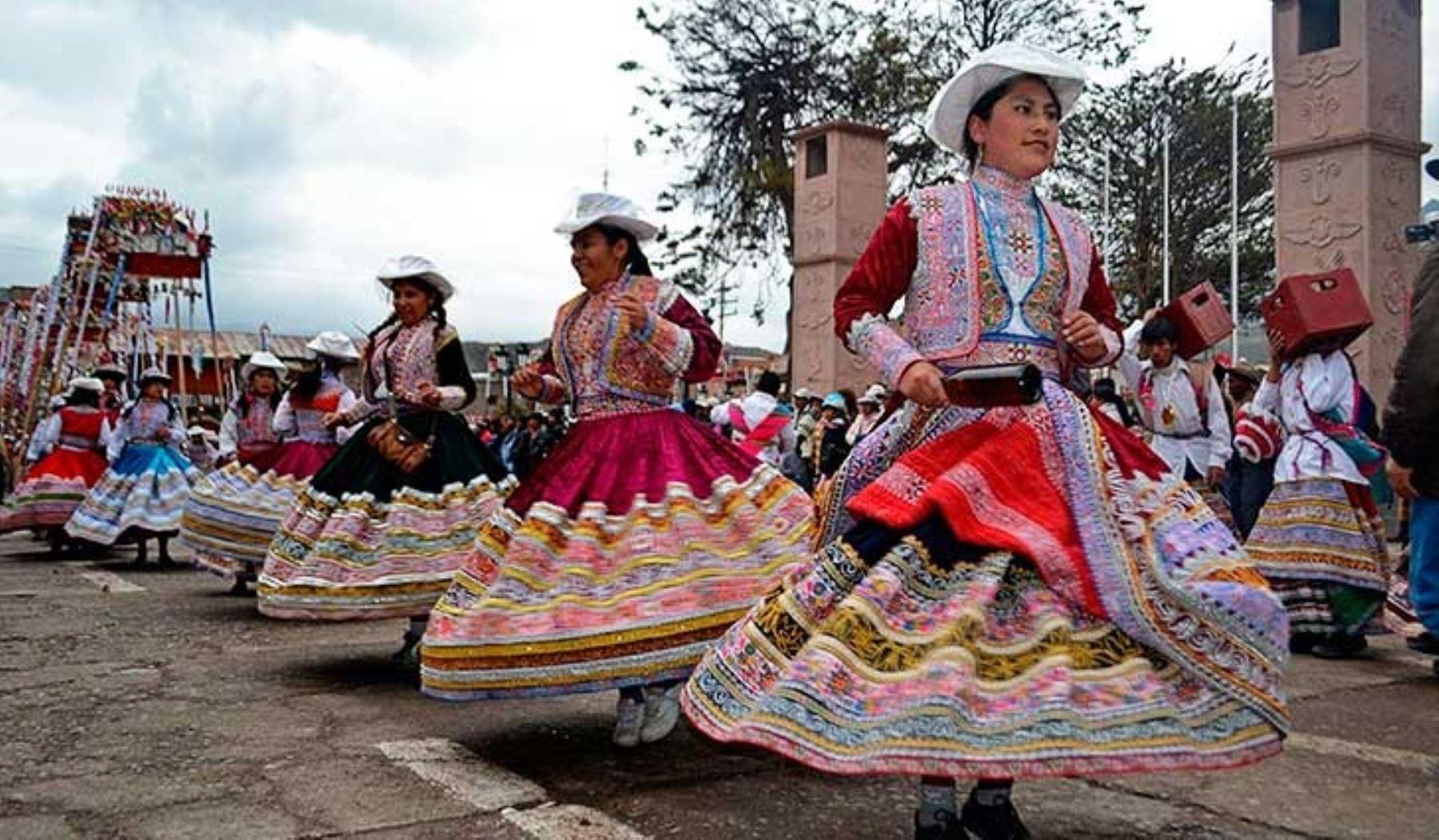 La danza del wititi del valle del Colca, declarada Patrimonio de la Humanidad por la Unesco, es un baile tradicional que guarda relación con el comienzo de la edad adulta. ANDINA/DifusiónANDINA/Difusión