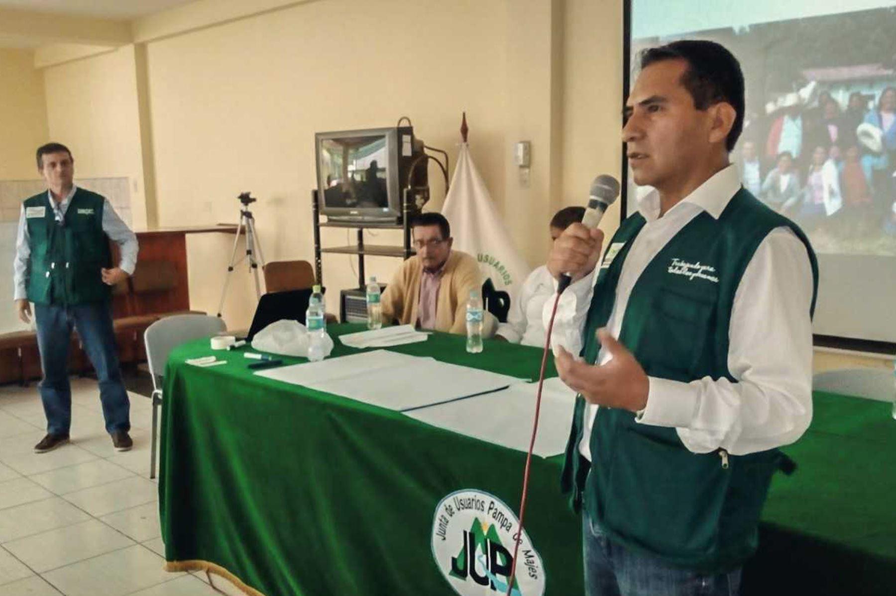 Ochenta productores agropecuarios de las regiones Arequipa, Tacna y Puno, fueron capacitados en el fortalecimiento de organizaciones agrarias por el Gobierno, a través del Ministerio de Agricultura y Riego (Minagri).