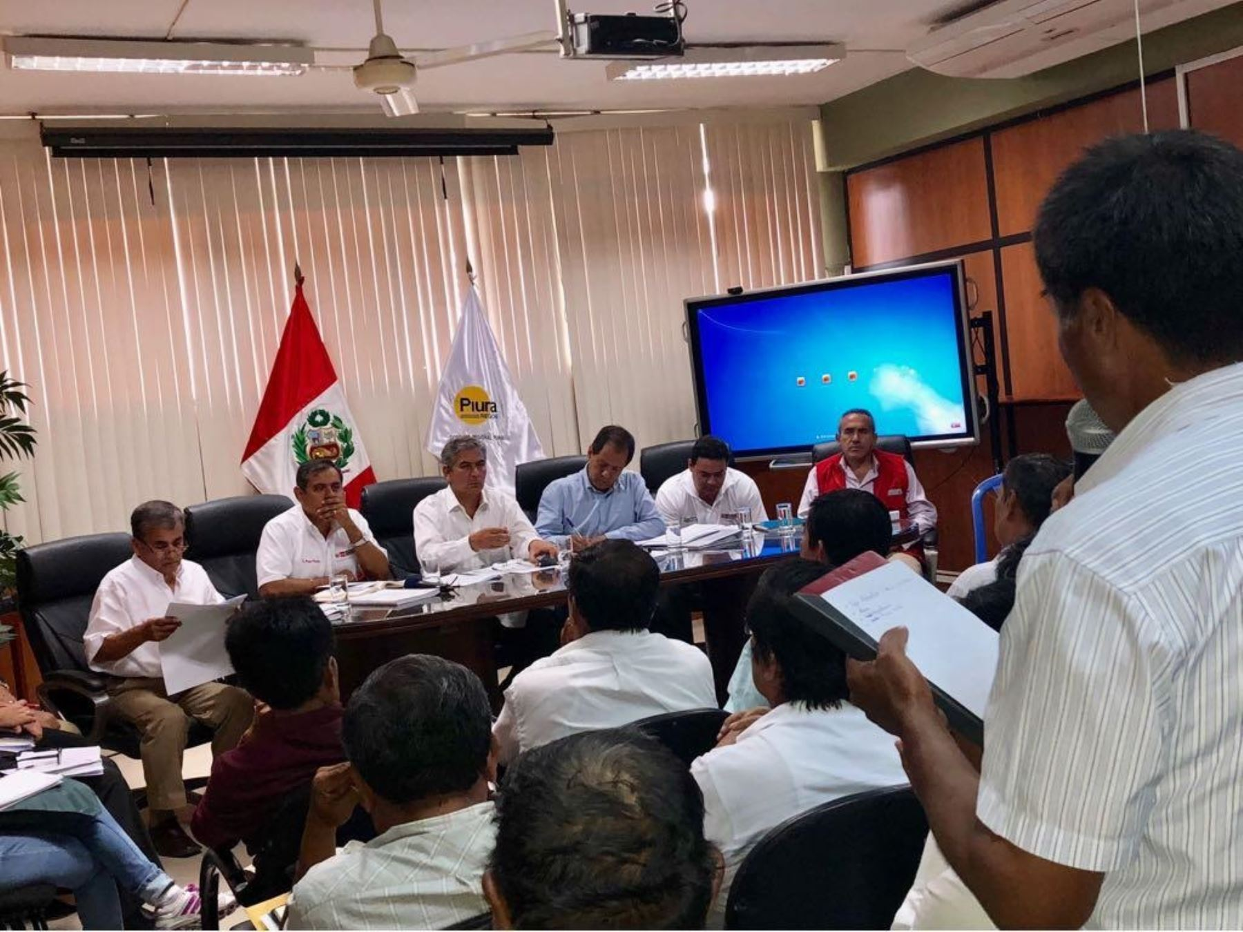 Ministro de Agricultura y Riego, Gustavo Mostajo, anuncia que reconstrucción del agro en Piura se inicia en agosto.