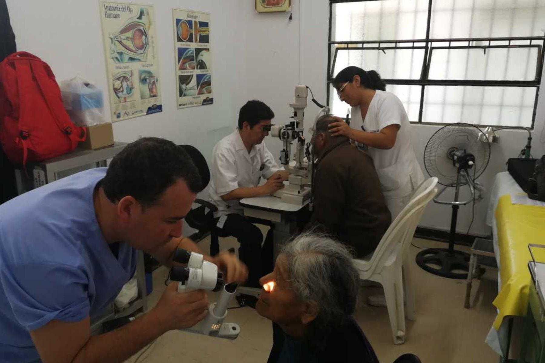 Huaral: operarán gratis de catarata a adultos mayores en campaña ...