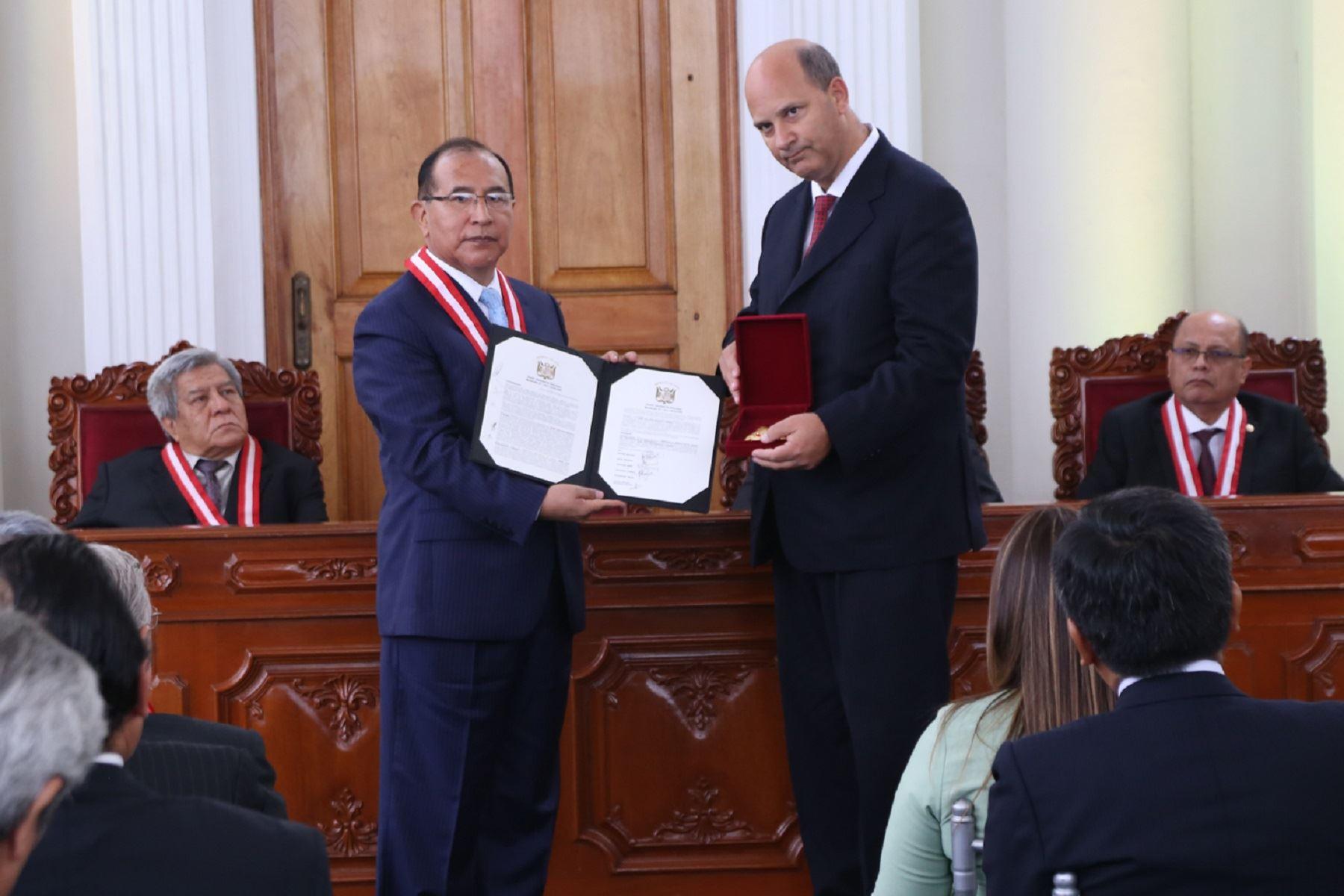 Presidente del JNE, Víctor Ticona durante celebración del 87 aniversario del organismo electoral. Foto: Difusión.