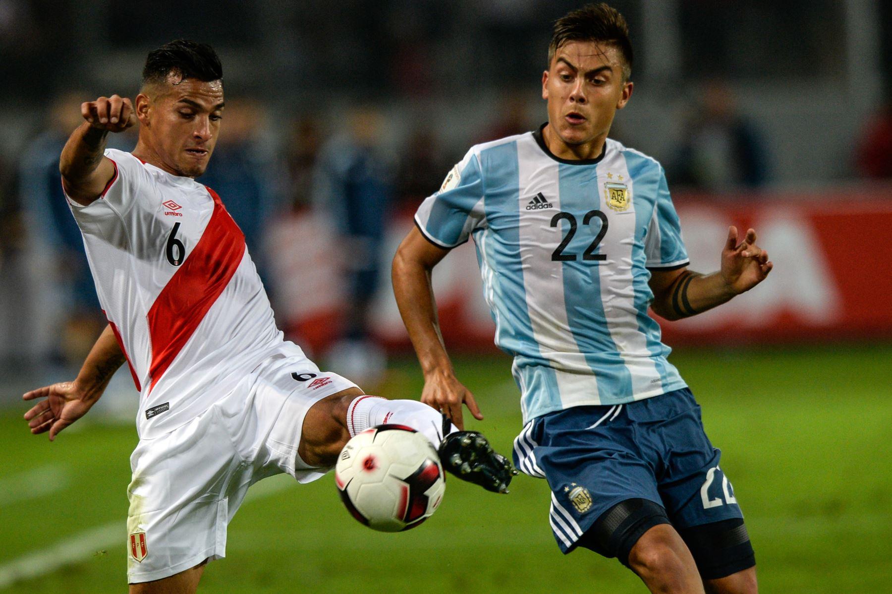 Jugador Miguel Trauco. Foto:AFP