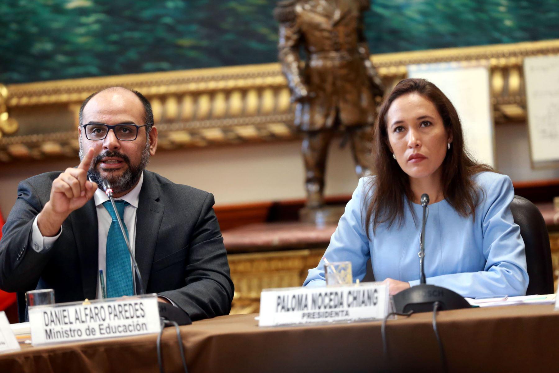 Ministro de Educación, Daniel Alfaro, en el Congreso de la República. Foto: ANDINA/Norman Córdova