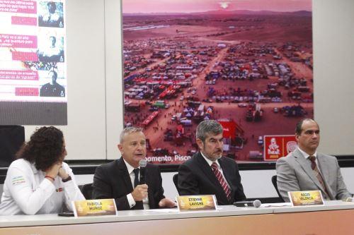 El director del Rally Dakar, Etienne Lavigne participa de la Conferencia de prensa sobre la organización del Dakar que tendrá como sede 100% el recorrido por el Perú. ANDINA/Eddy Ramos