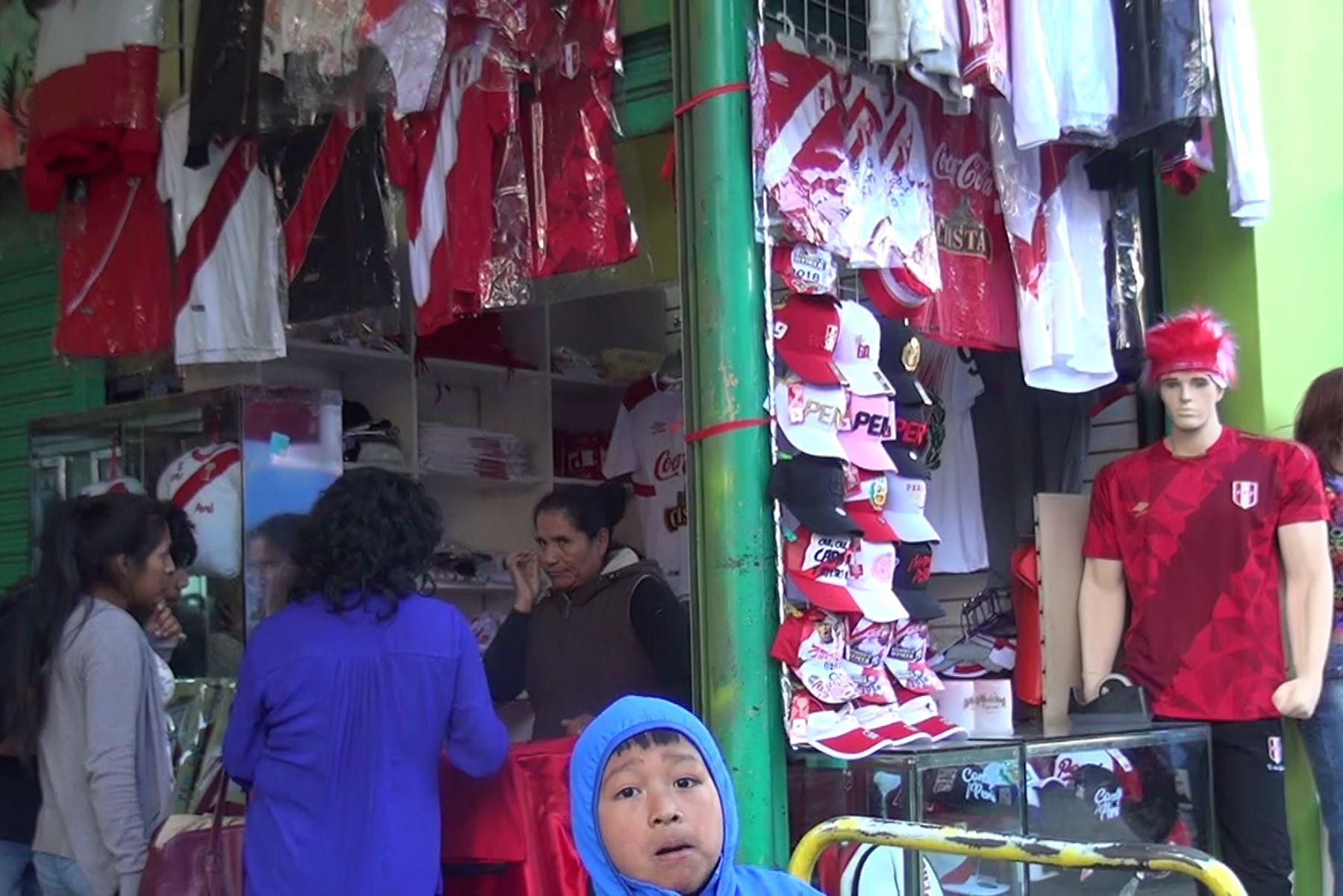 Mundial Rusia 2018 dinamiza la actividad económica en la ciudad de Huancayo. ANDINA/Pedro Tinoco