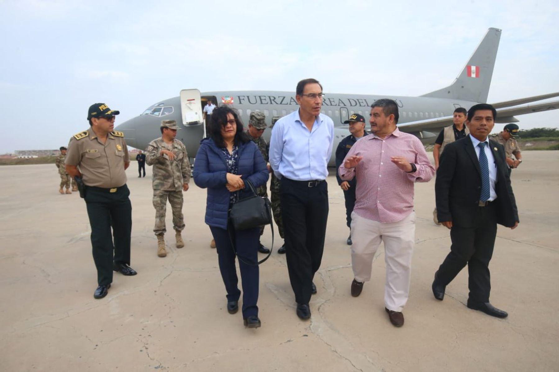 13/06/2018   El presidente Martin Vizcarra se encuentra en Chiclayo para visitar la IE Elvira García y García y supervisar el reinicio del servicio educativo Foto: ANDINA/Prensa Presidencia