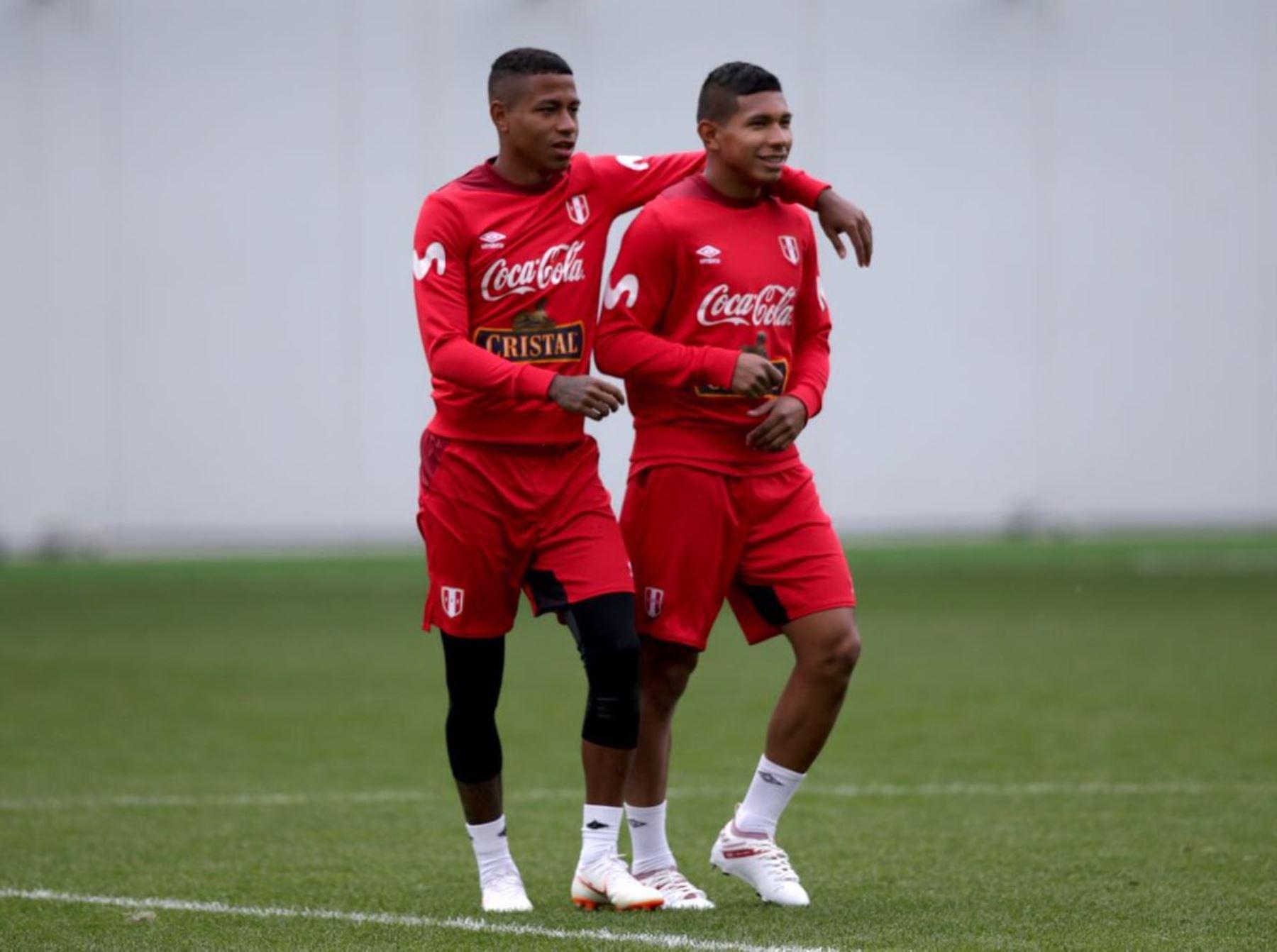 La selección peruana se pone a punto para el debut del sábado 16. Edison Flores y Andy Polo están optimistas.