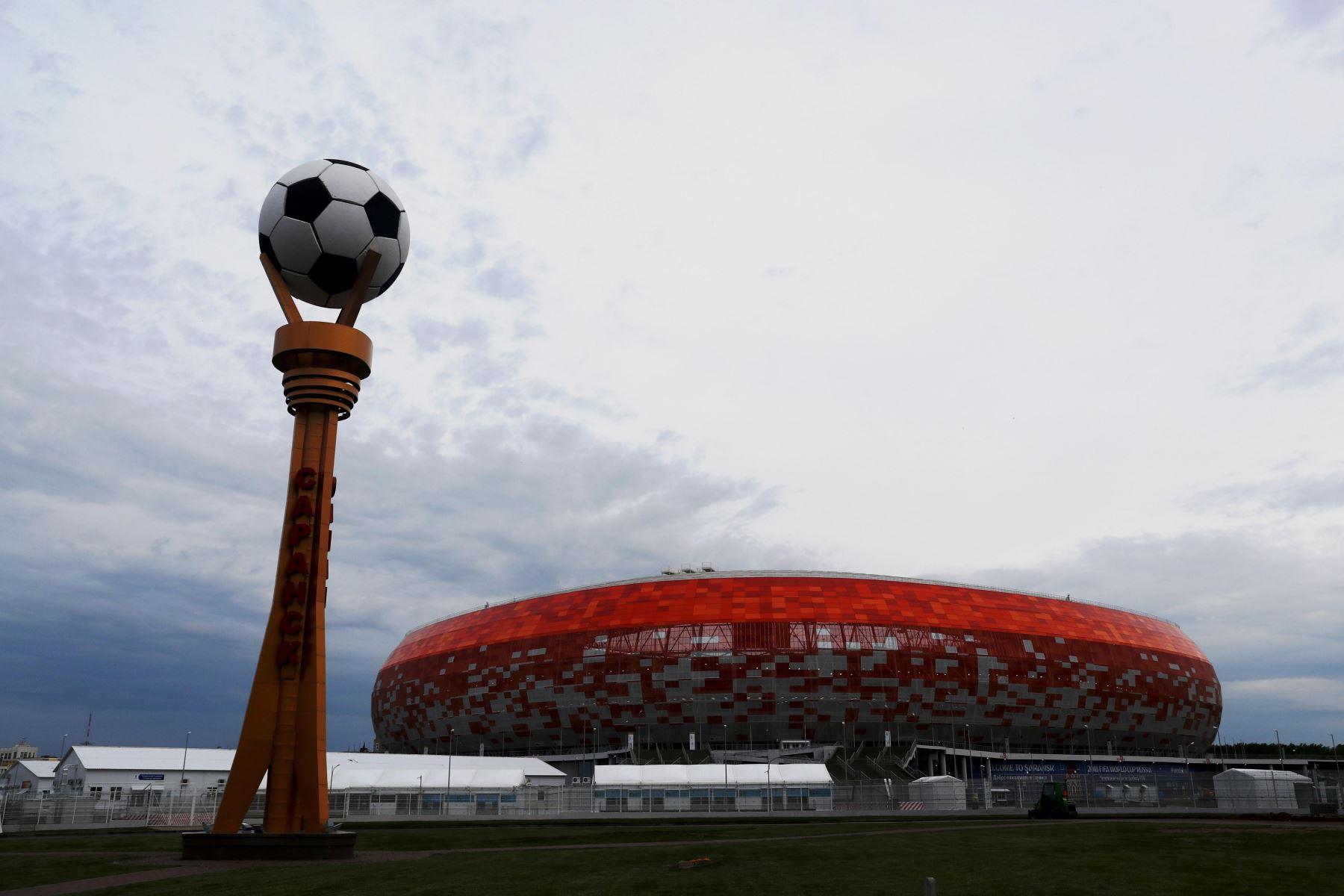 Vista del amanecer  Estadiol Mordovia Arena en la ciudad de Saransk. Foto: EFE