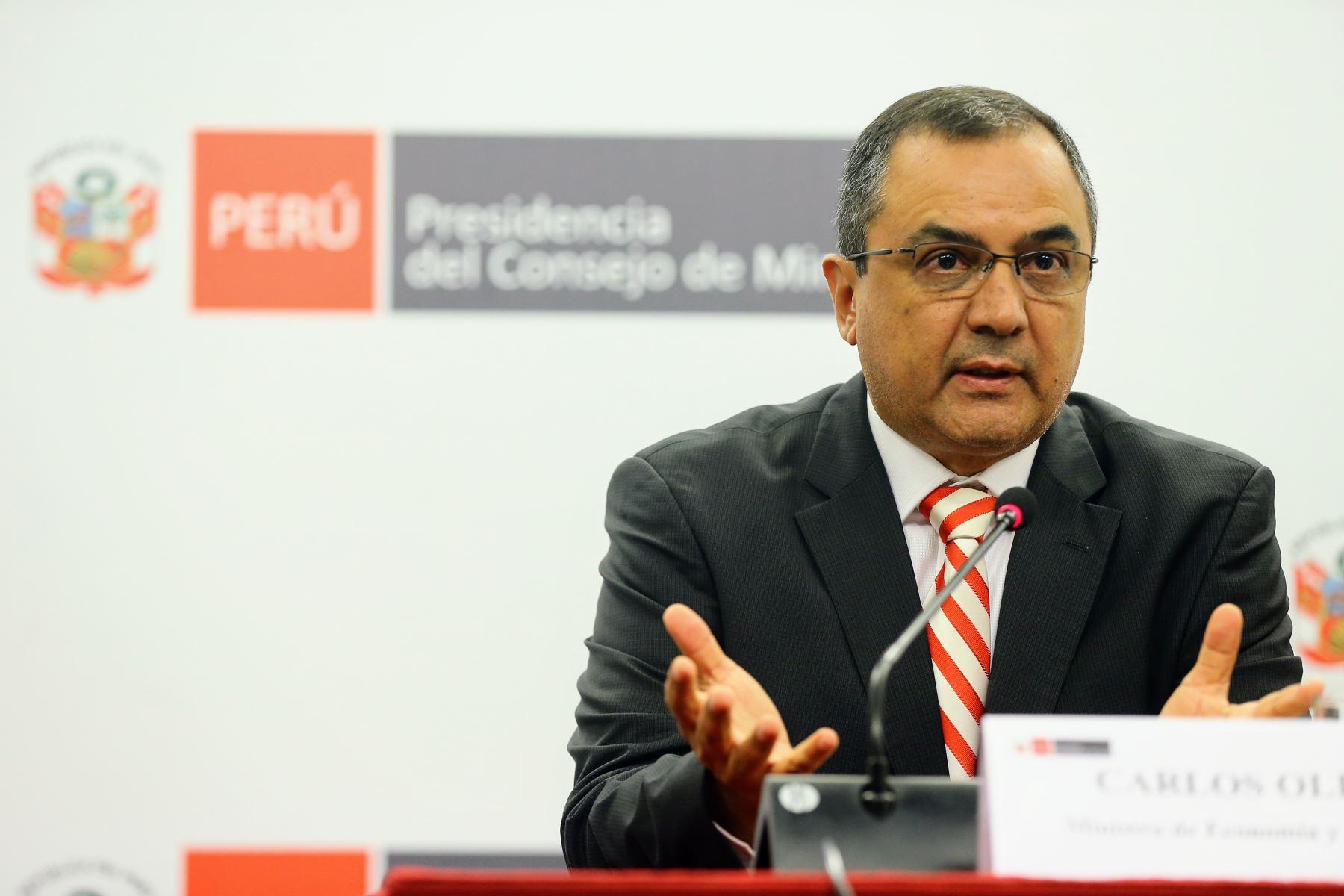 Minstro de Economía y Finanzas, Carlos Oliva. ANDINA/Luis Iparraguirre