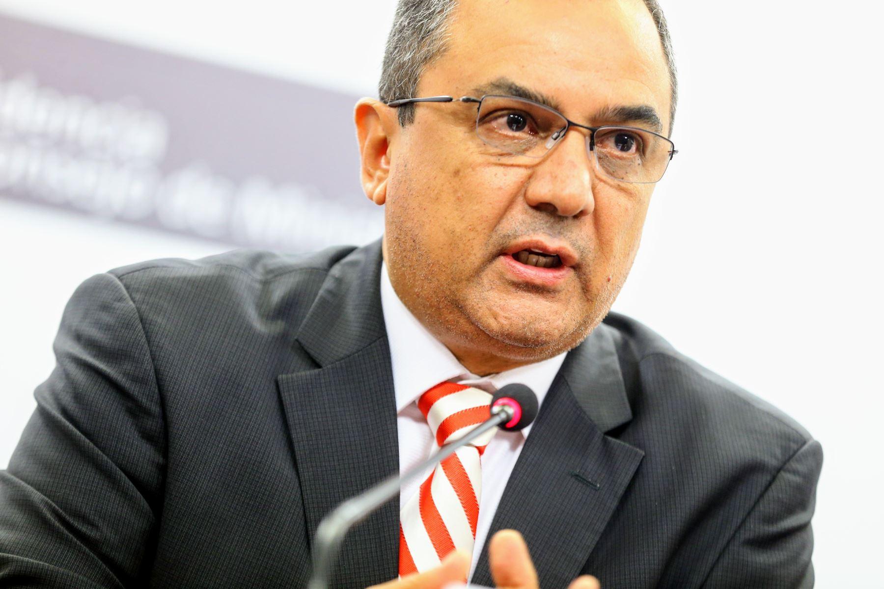 Ministro de Economía y Finanzas, Carlos Oliva. Foto: ANDINA/Luis Iparraguirre.