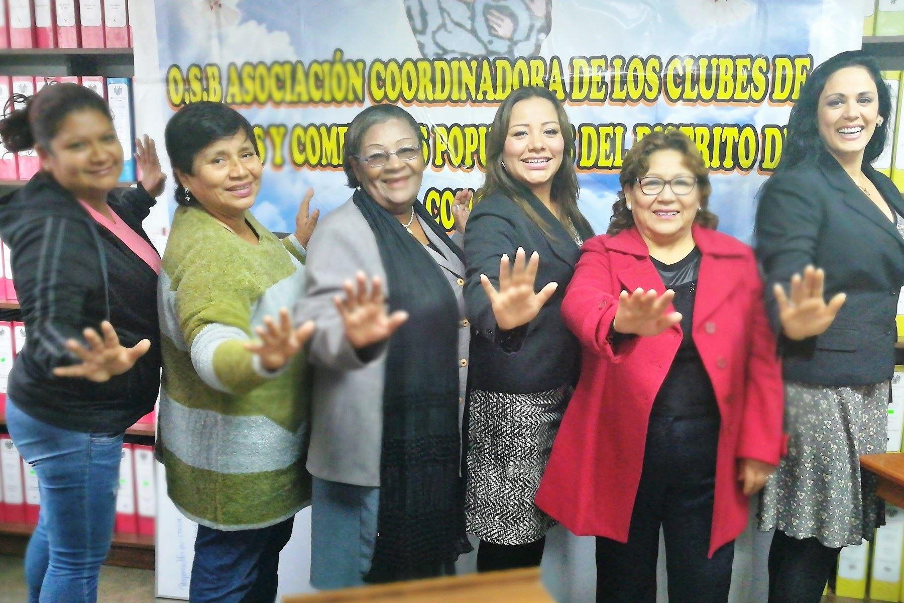 Mujeres de comedores populares se capacitarán para mejorar su autoestima. Foto: ANDINA/Difusión.
