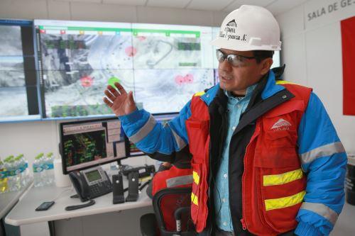 Centro de operaciones digital de Antamina. ANDINA/Vidal Tarqui